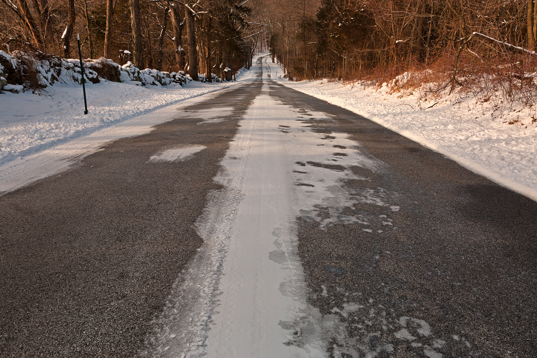 Long winter road - hdr photo