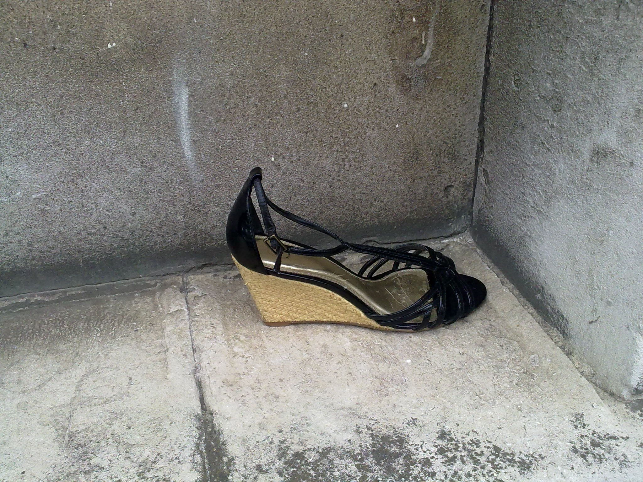 lost shoes - Google Search | Lost Shoes | Pinterest