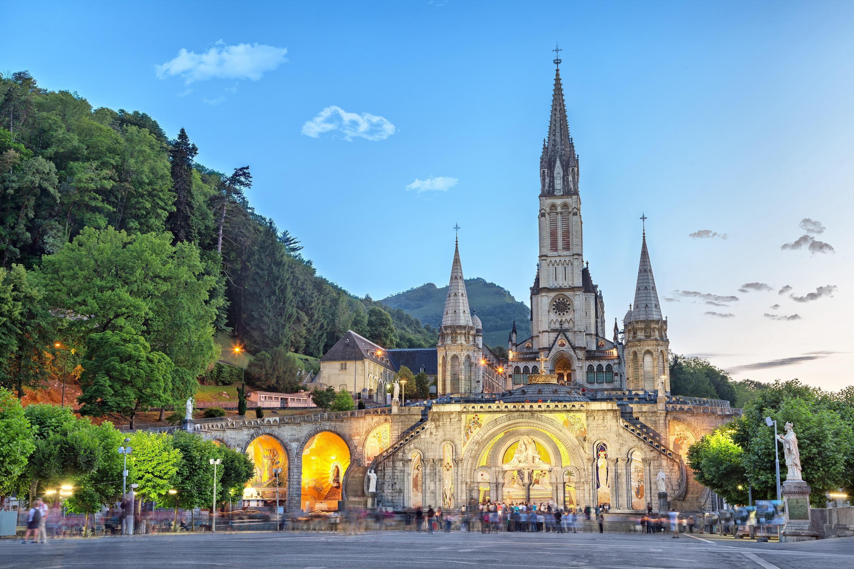 Sanctuary of Our Lady of Lourdes, Hautes-Pyrénées, France : Catholicism