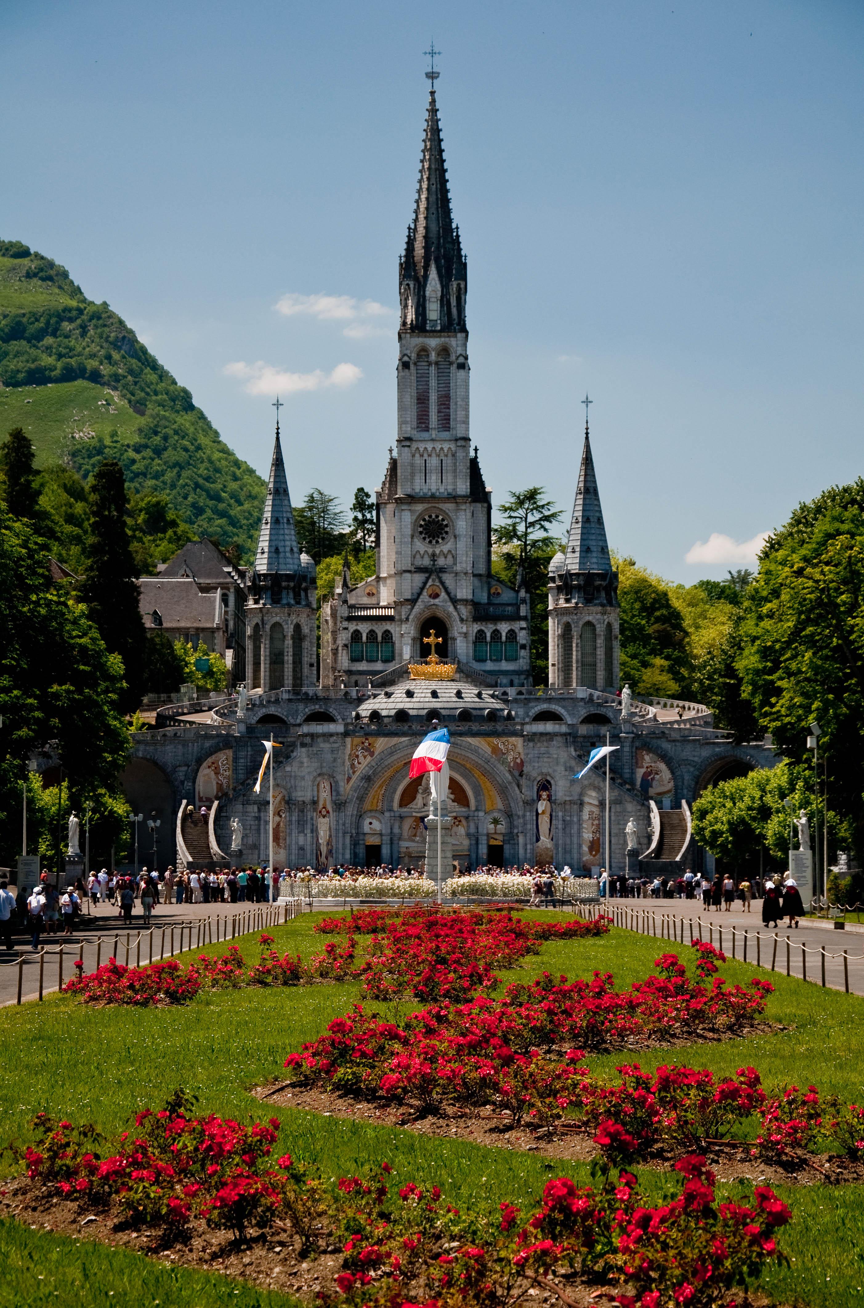 France: Lourdes | Another Header