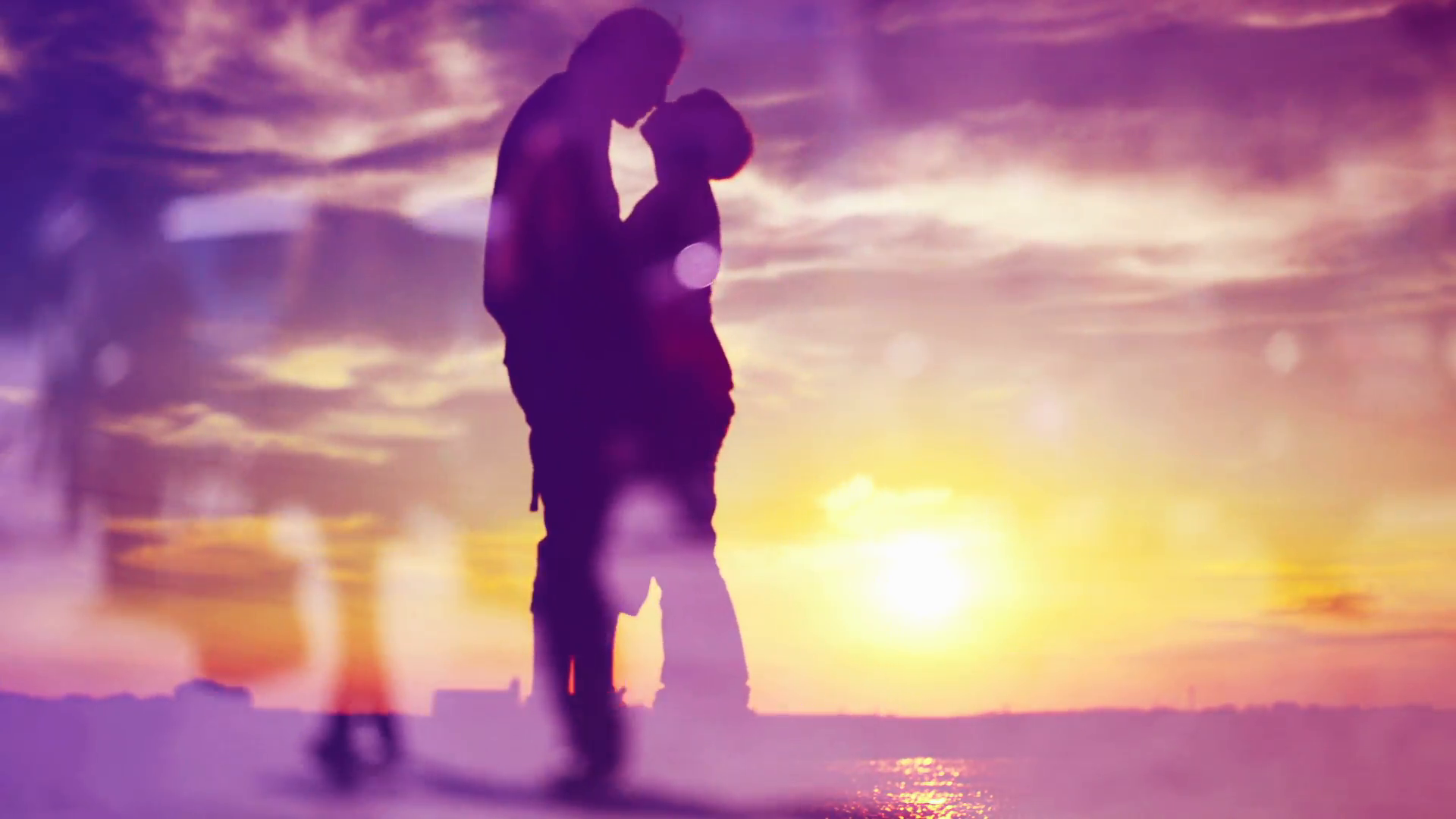 Silhouettes of Romantic Love Couple Meeting in Sunset, Kissing and ...