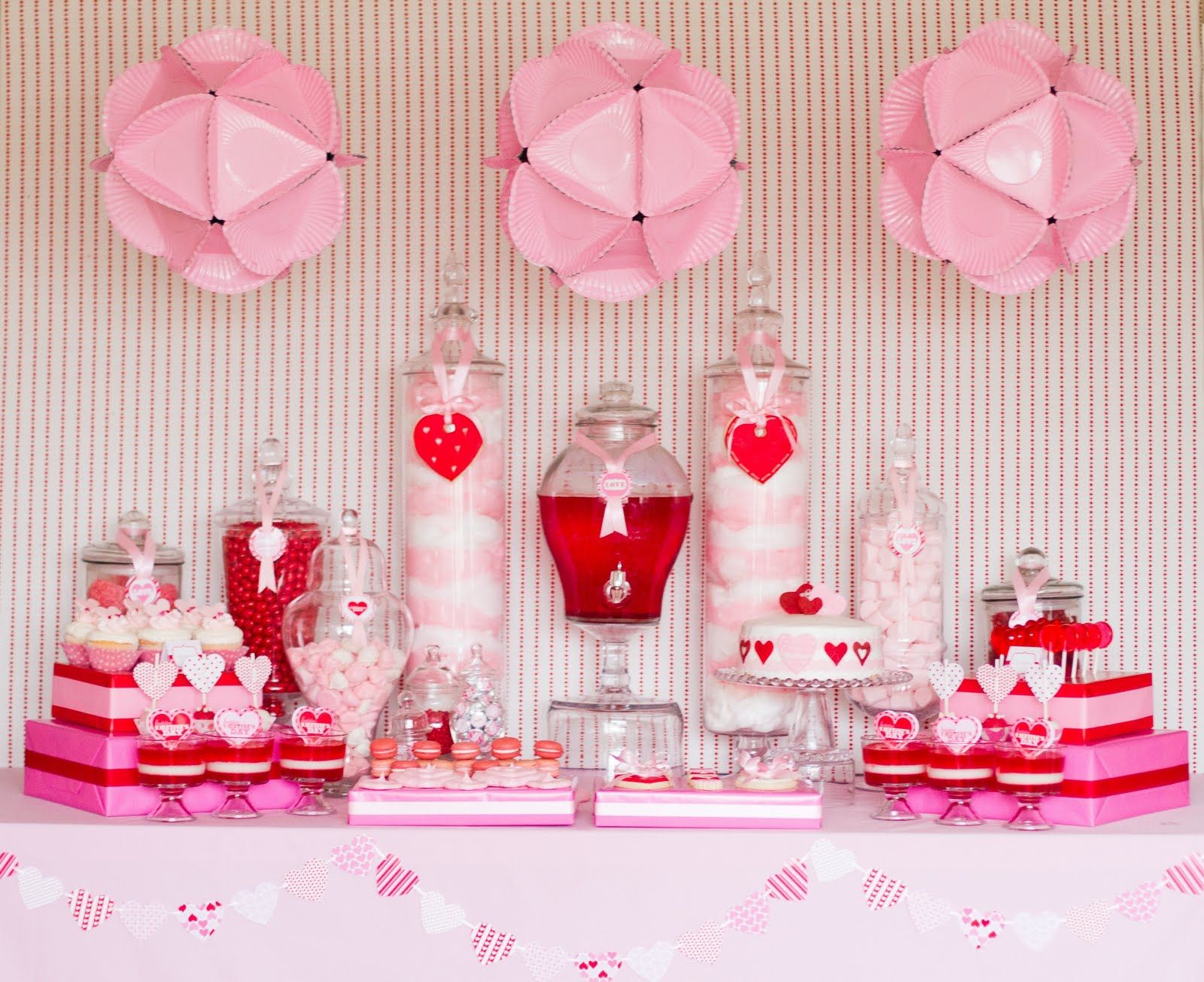 I Heart Valentine's Day Party - love the paper plate polyhedrons ...
