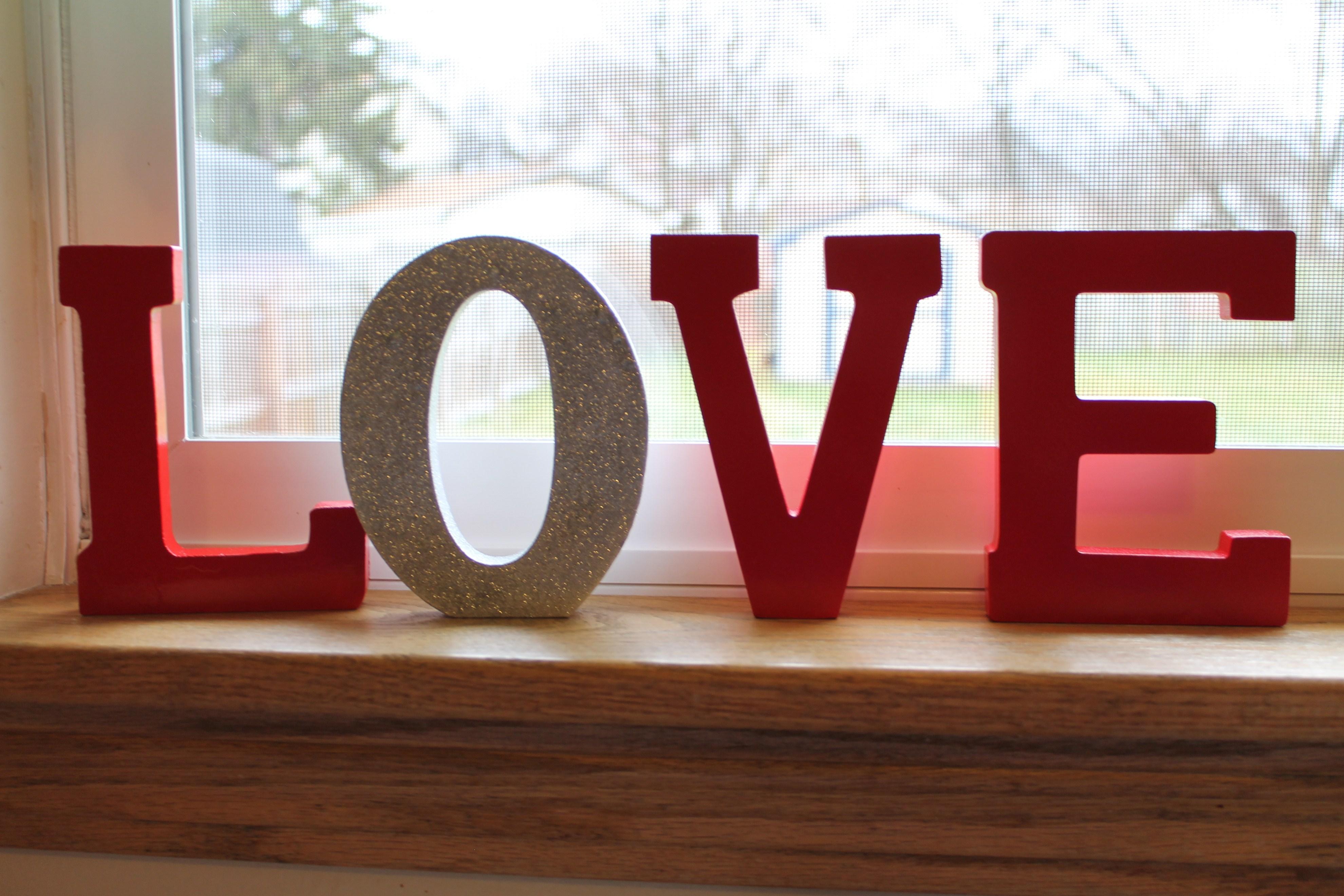 DIY Valentine's Day Decorations | fabmomkt