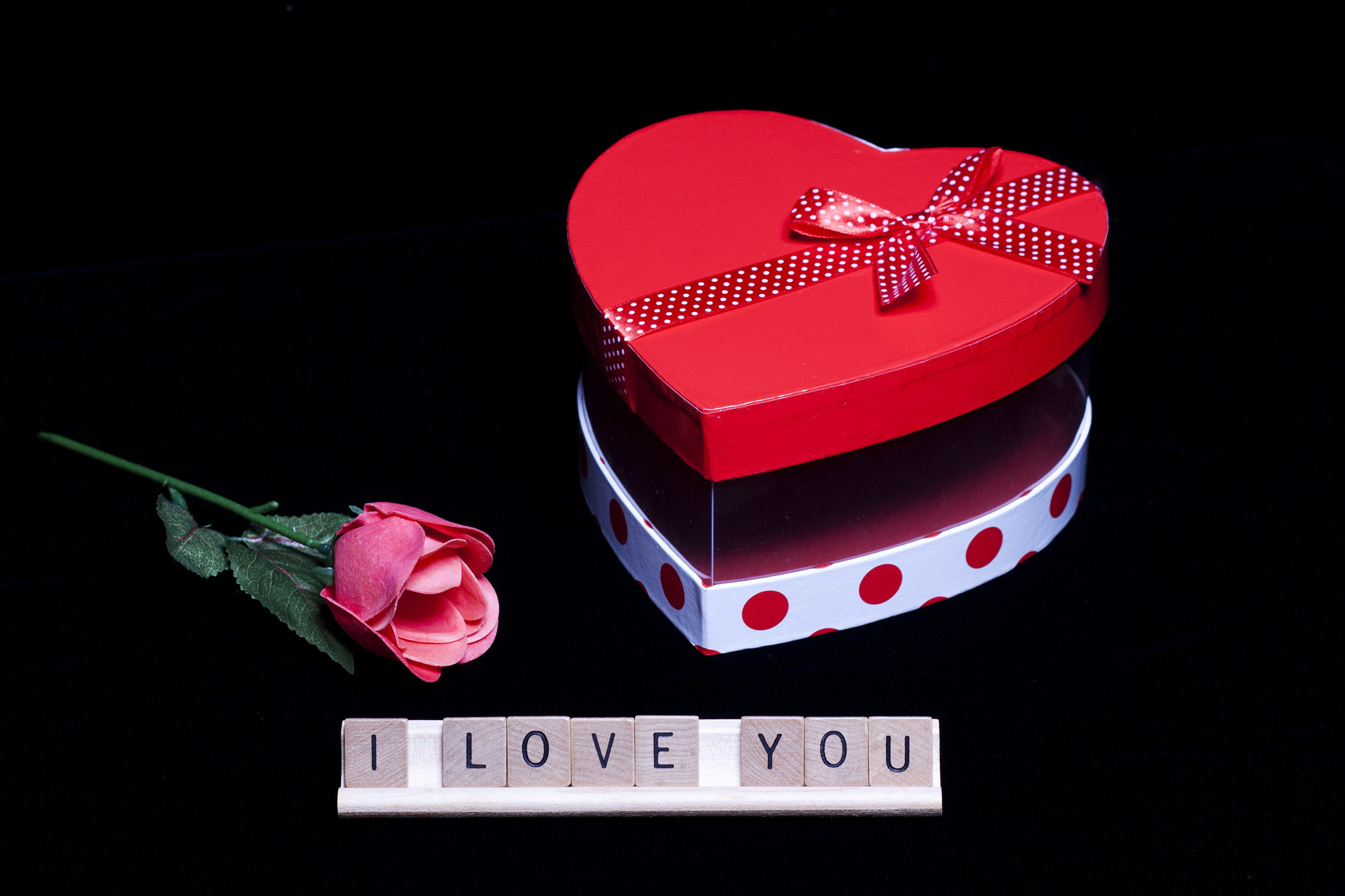 Love on Valentine's Day, Affection, Romance, Objects, Package, HQ Photo
