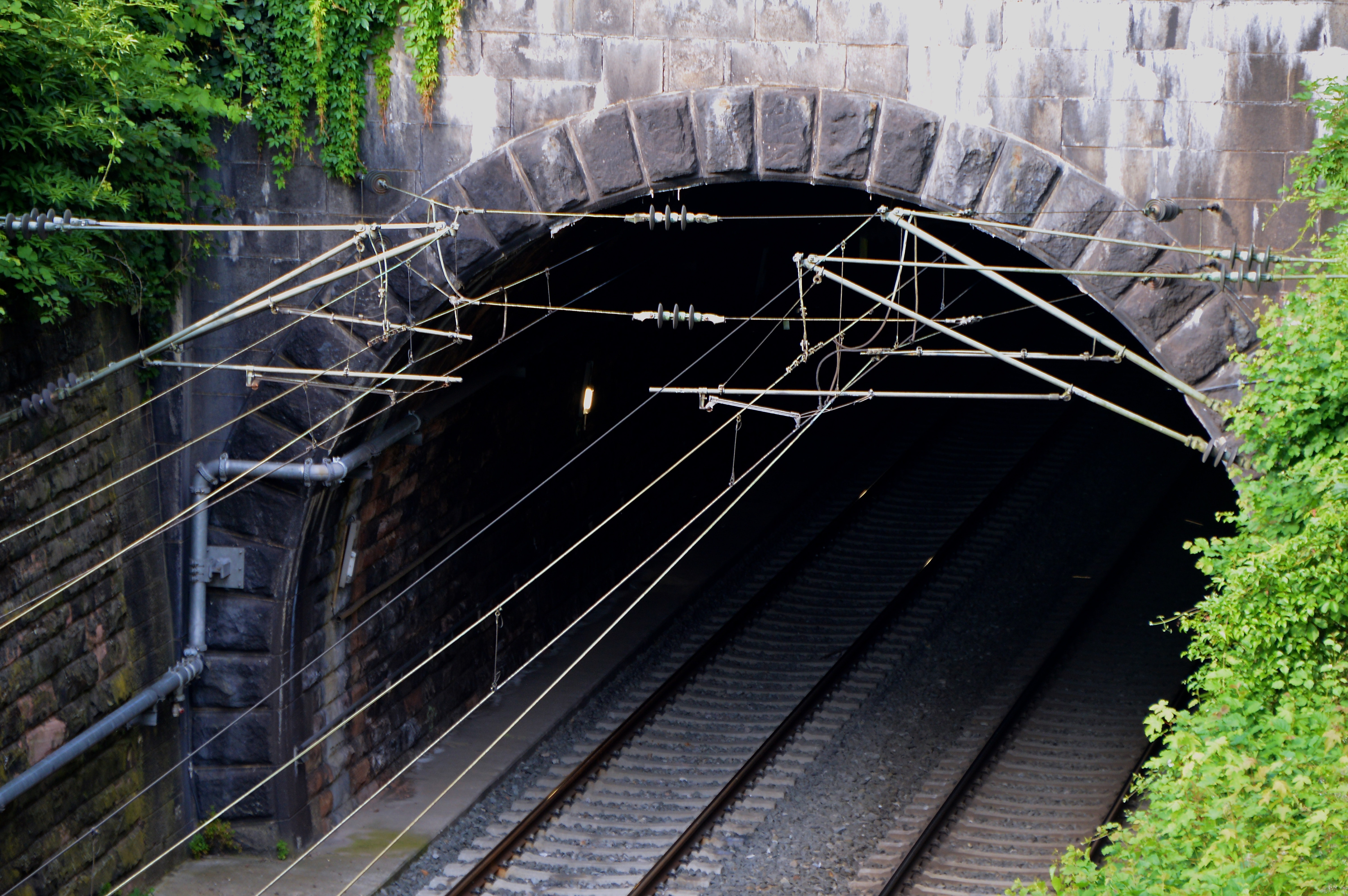 Low Angle View of Built Structure, Architecture, Railways, Tunnel, Travel, HQ Photo