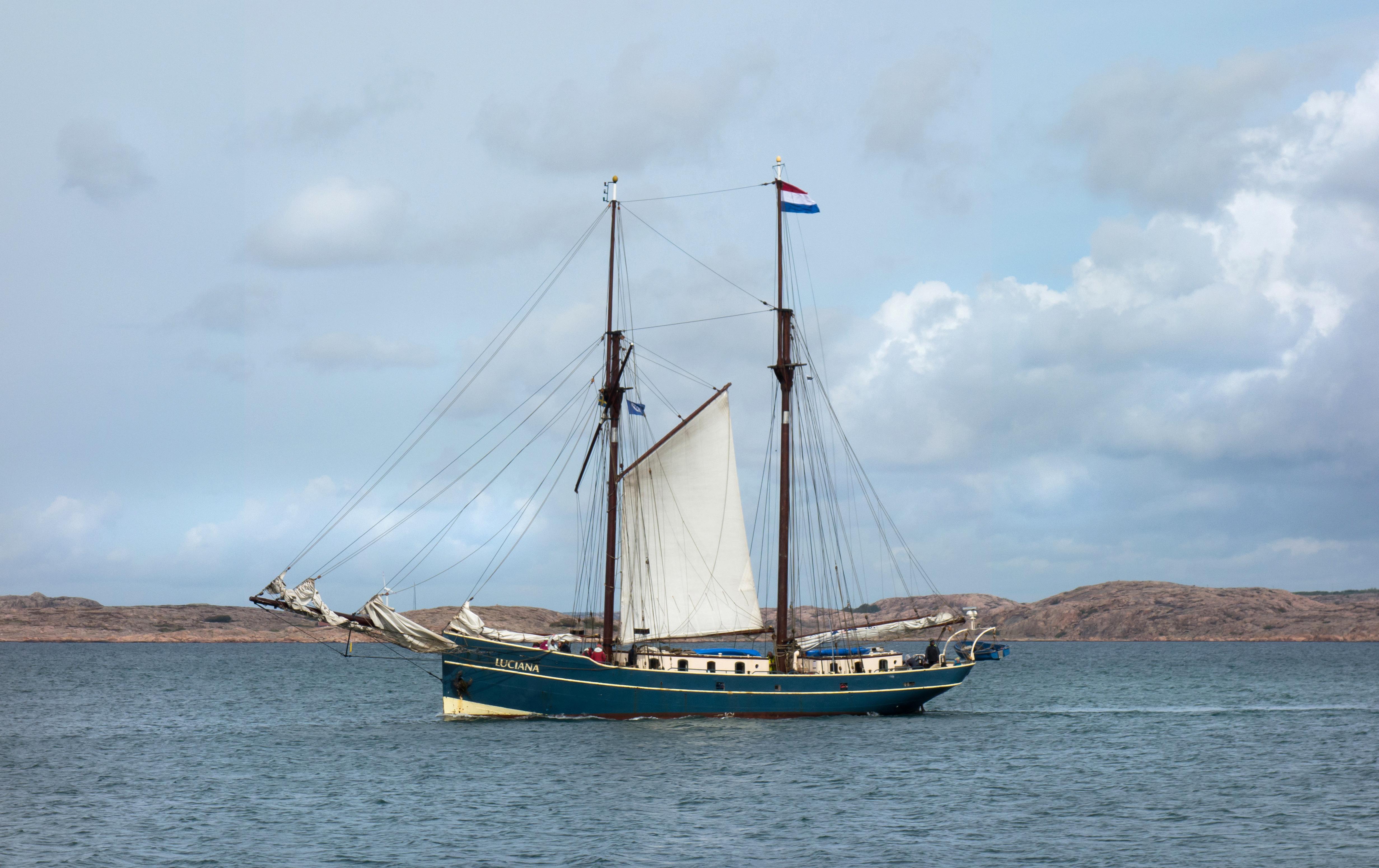 Luciana visiting Lysekil 1, Boat, Cliffs, Lysekil, Ocean, HQ Photo