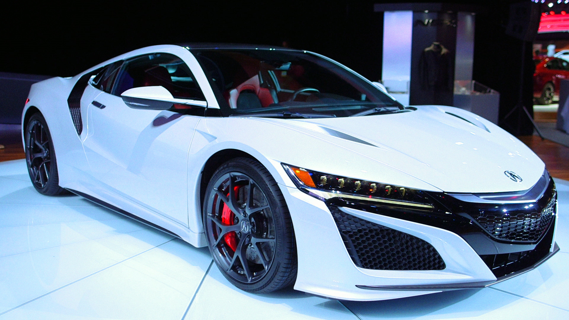 Acura NSX Is Polished and Speedy Sports Car Luxury – Bloomberg