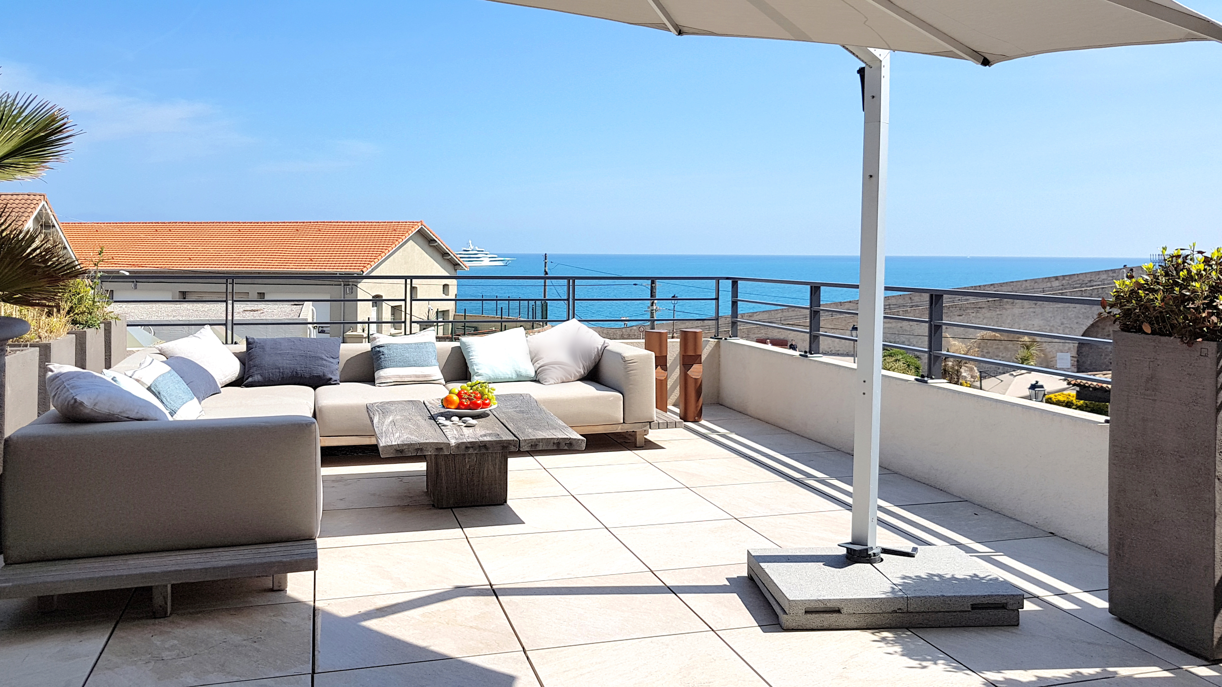 ID R2 3 Bedroom LUXURY Apt. with 70 m2 terrace and SEA VIEWS in ...