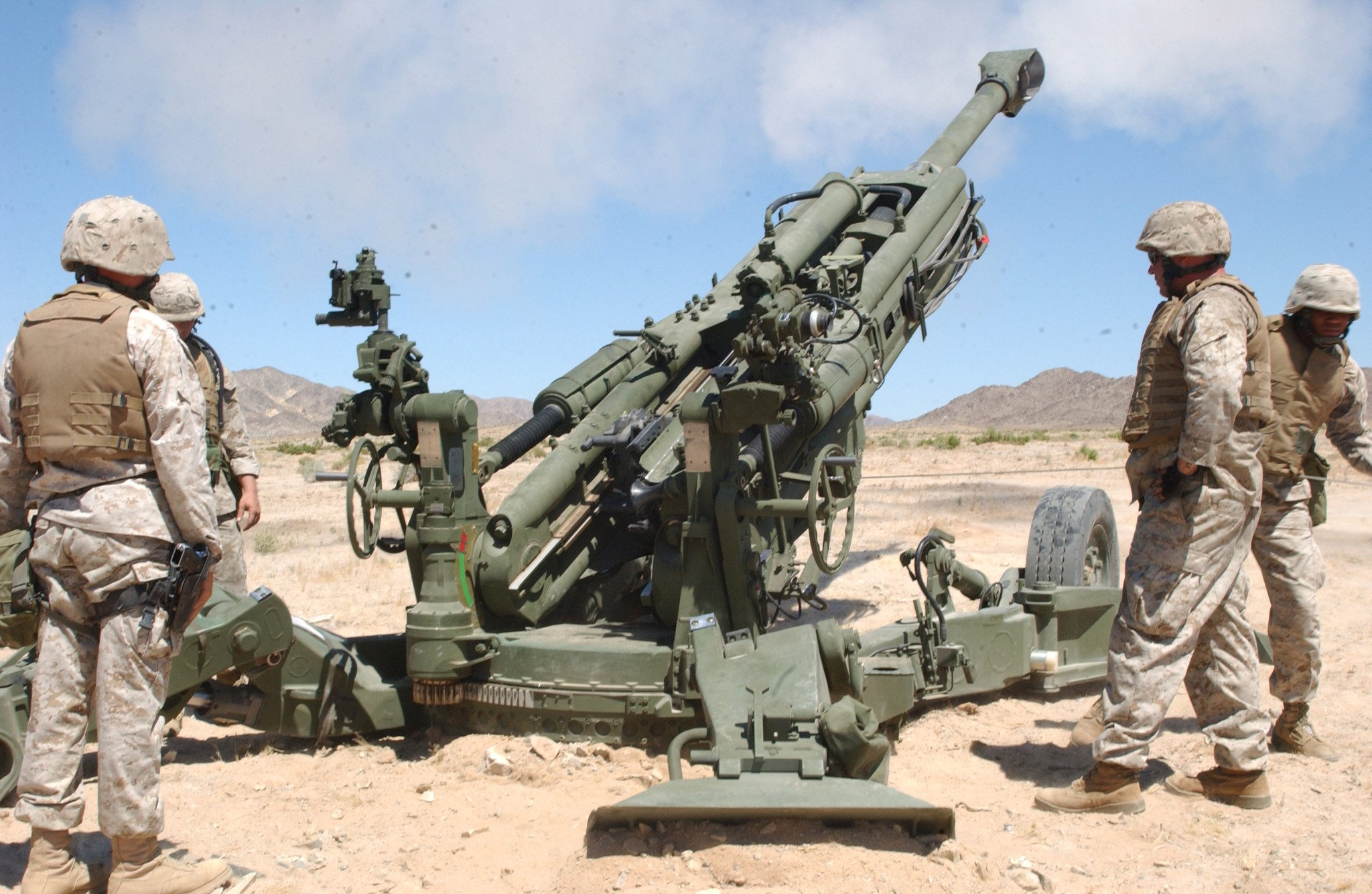 M777 howitzer - Warrior Lodge