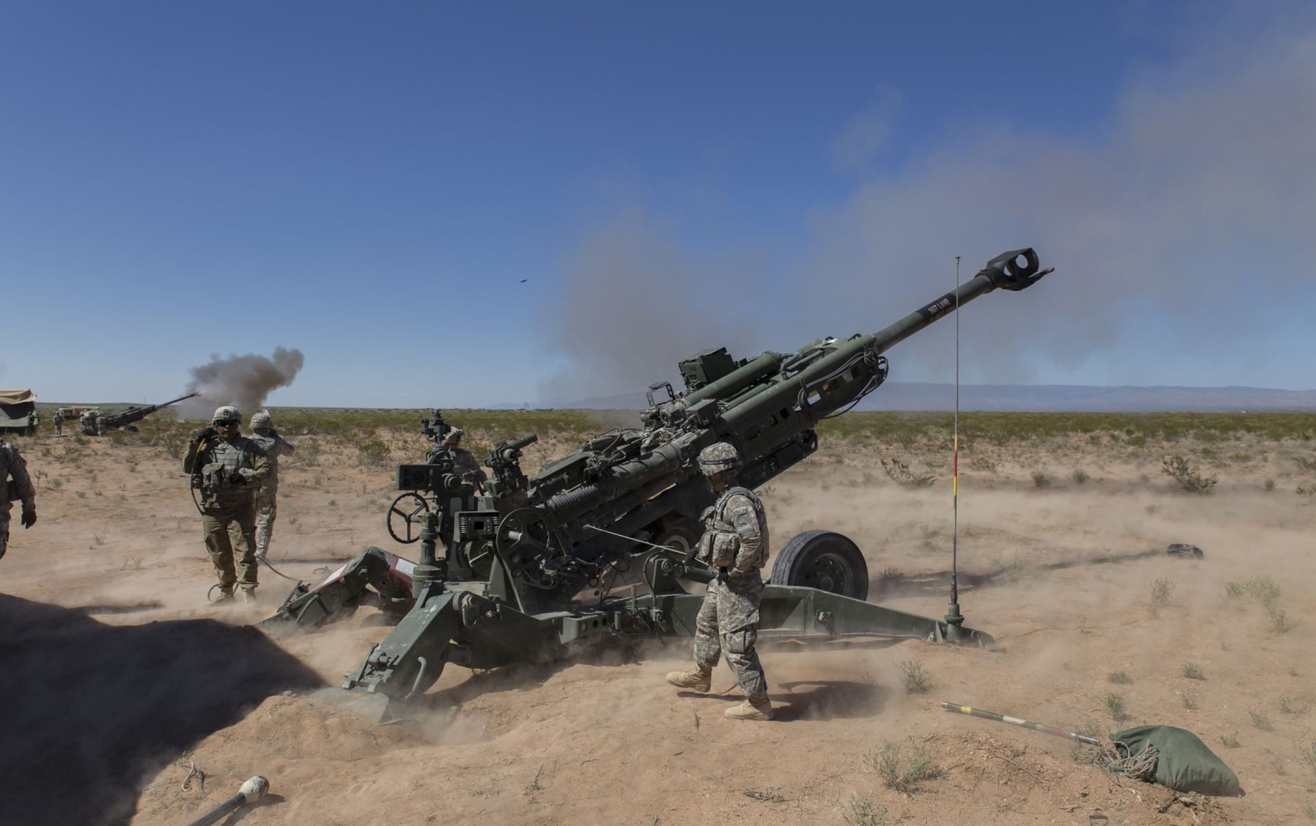 India's army to get first howitzers in three decadesDefenceTalk.com ...
