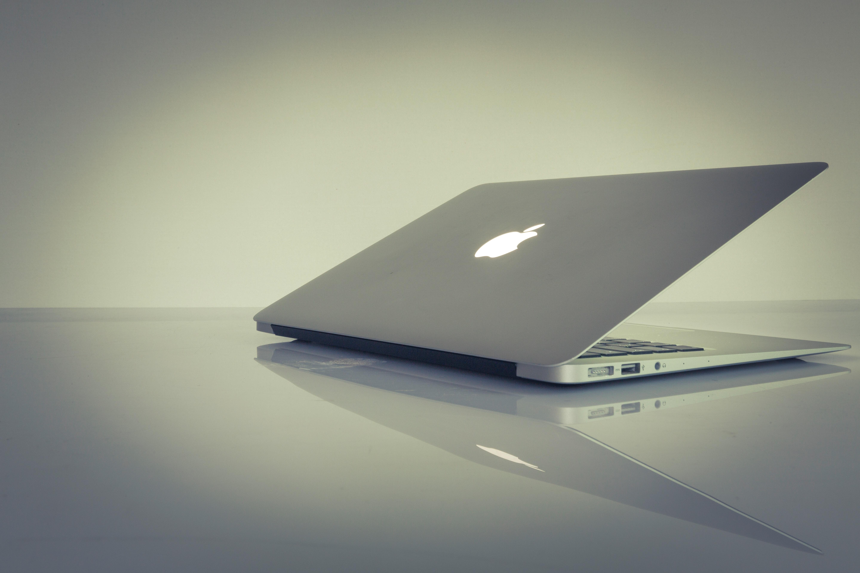 Macbook air photo