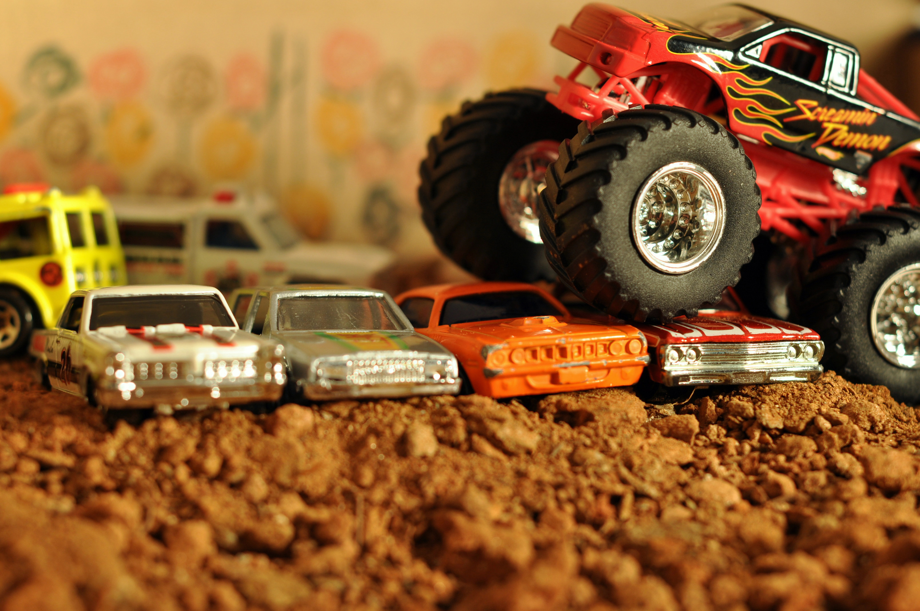 Macro Toys - WallDevil