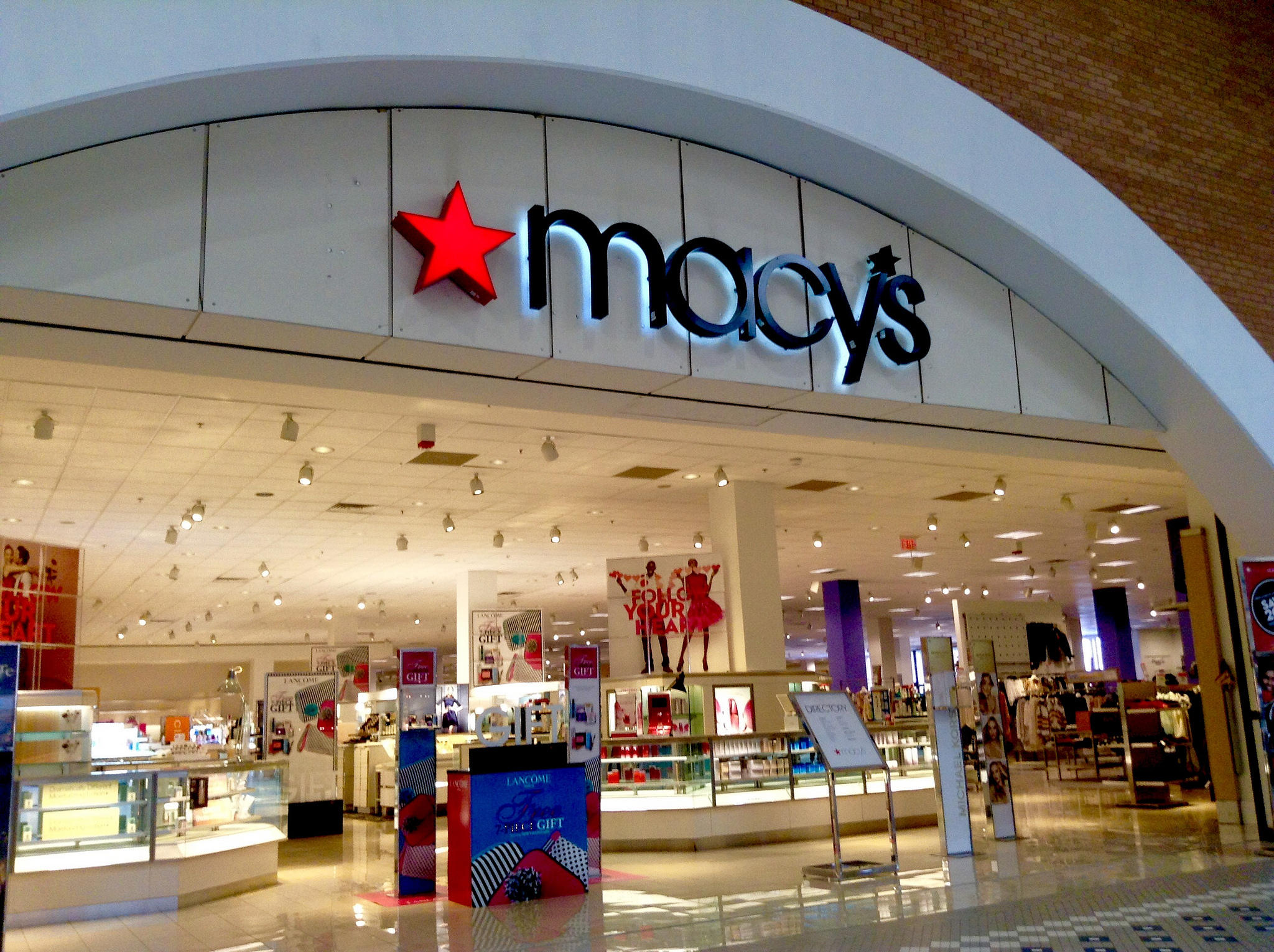 Four Macy's Stores in Massachusetts and Connecticut to Close ...
