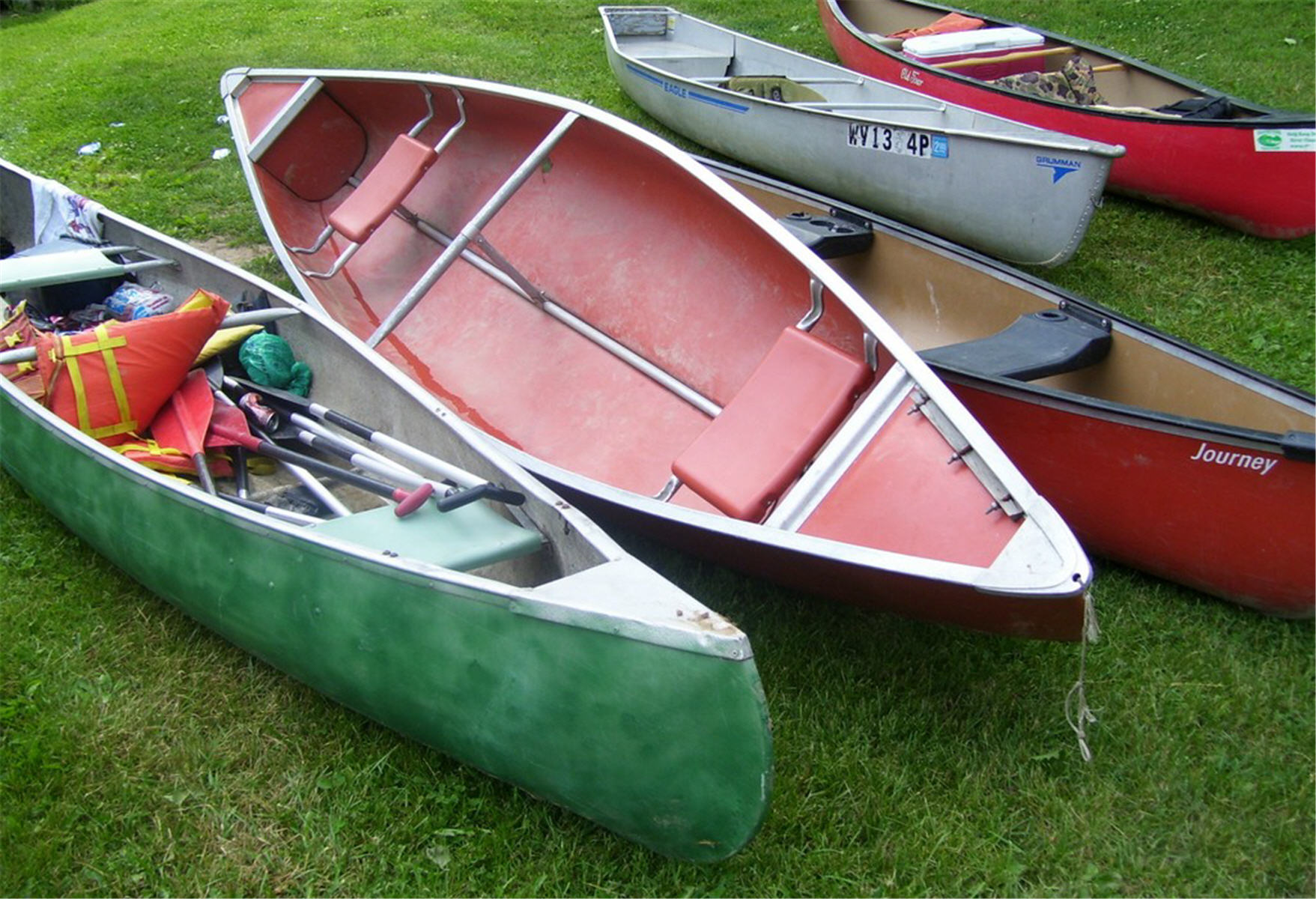 Mad River Enthusiasts!, Boats, Canoes, Dry, Grass, HQ Photo