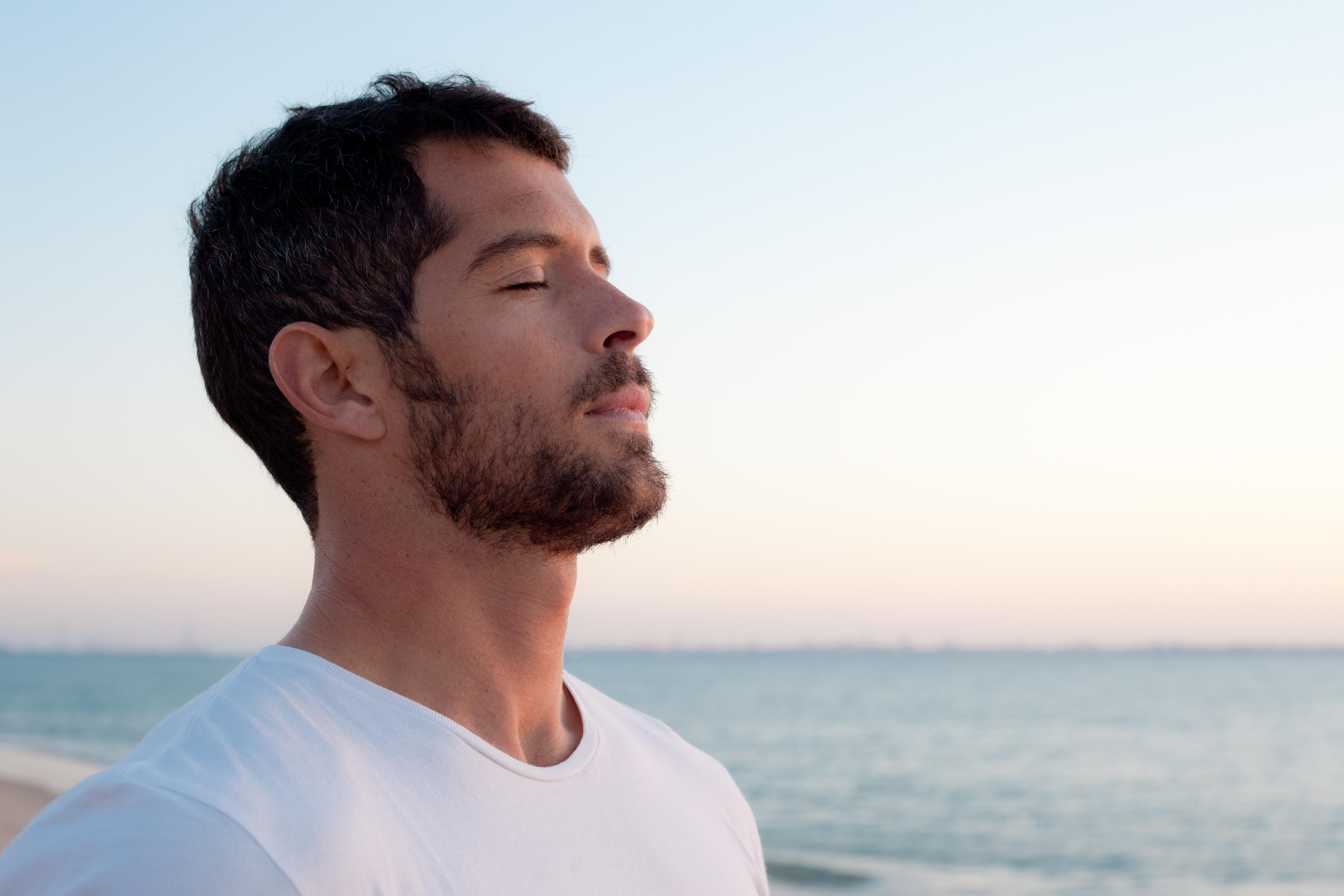 man breathing - Johnson Fitness