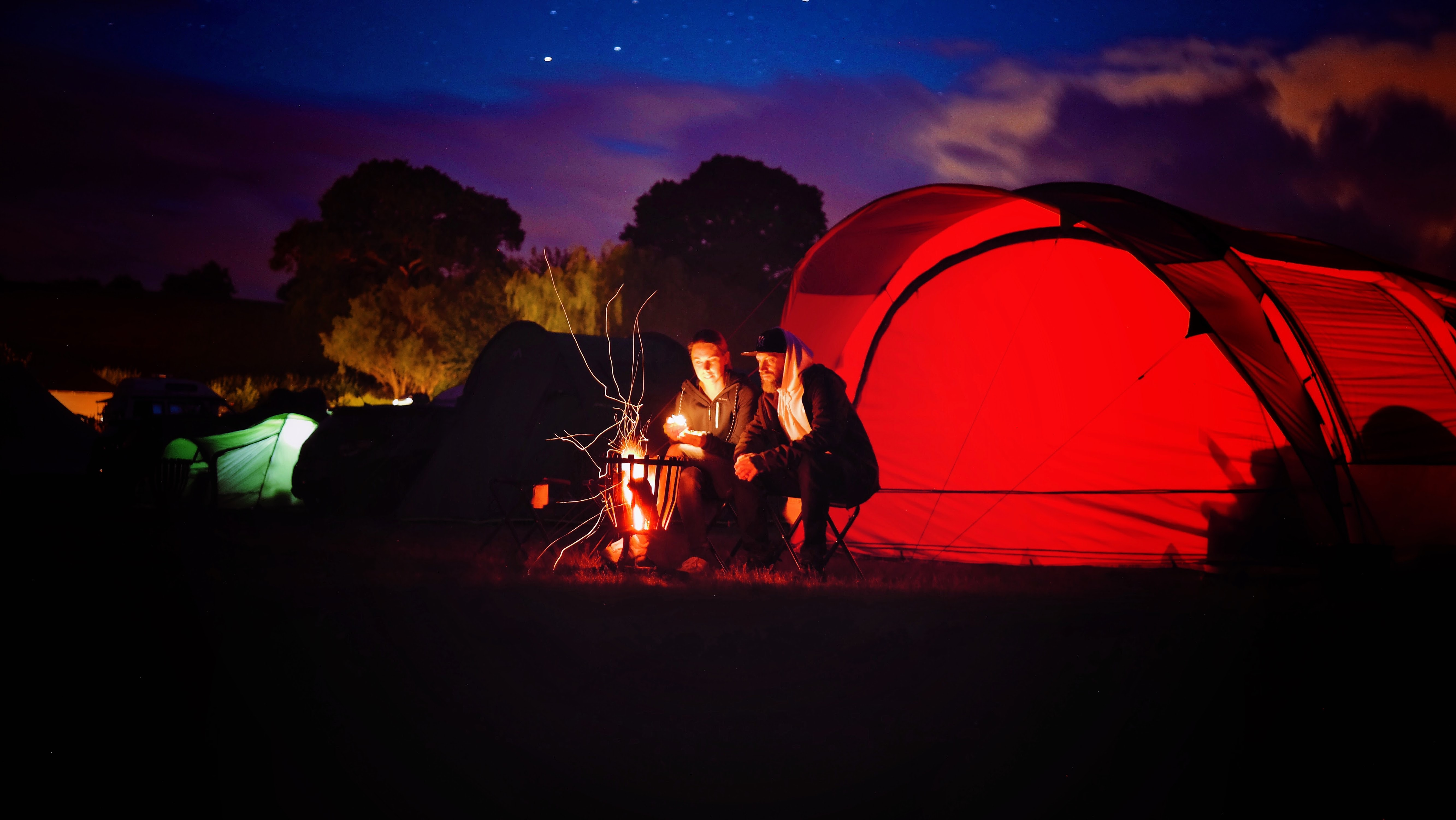 Man and Woman Sitting Beside Bonfire during Nigh Time, Adventure, Outdoors, Tent, Sunset, HQ Photo