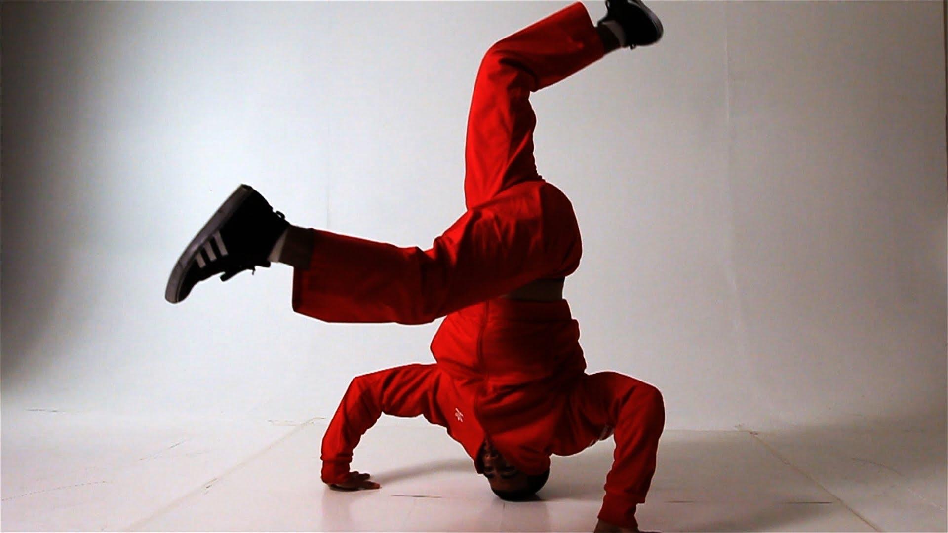 4 Head Spin Tips   Break Dancing - YouTube