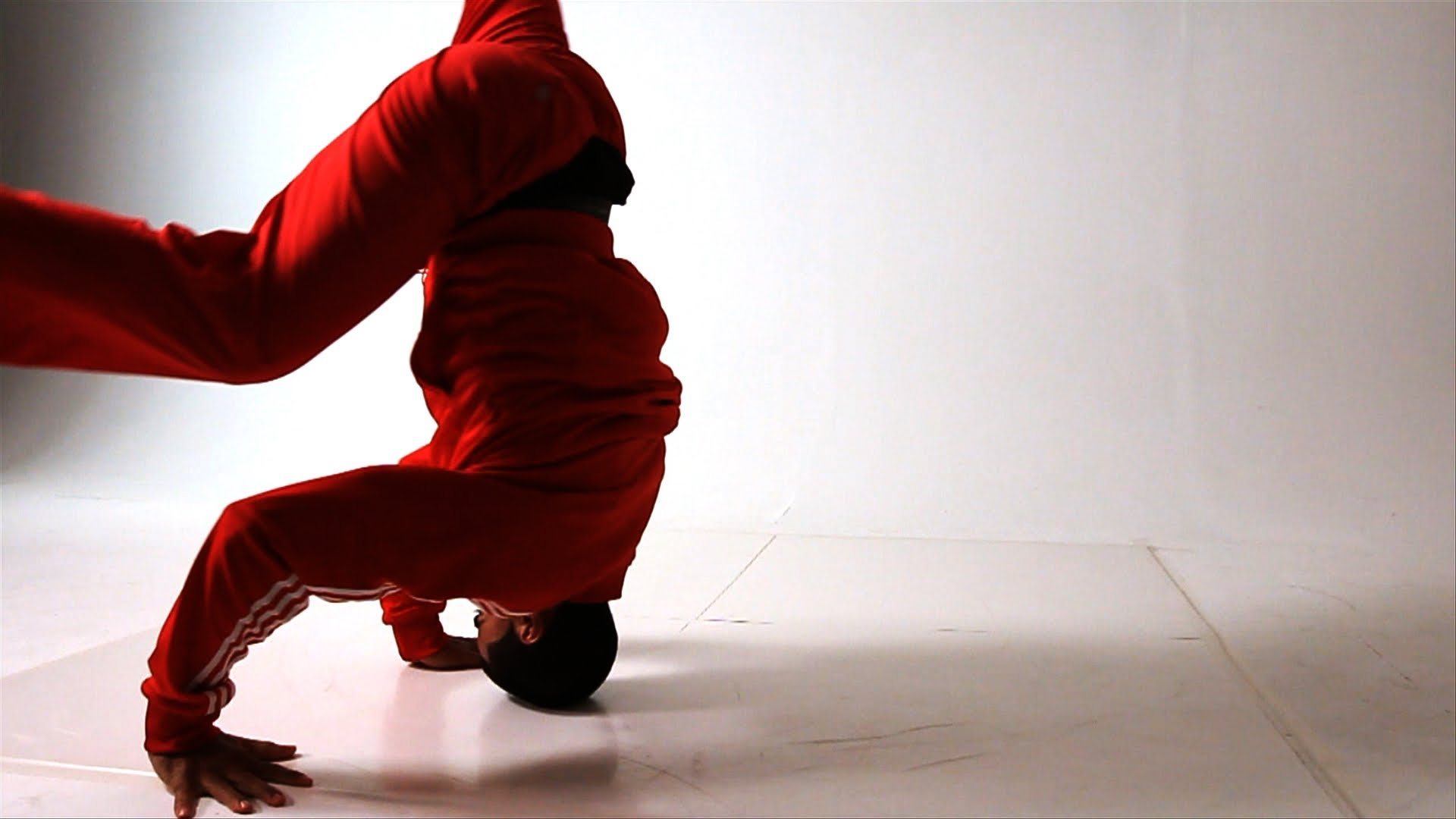 How to Do a Back Spin to a Head Spin   Break Dancing - YouTube