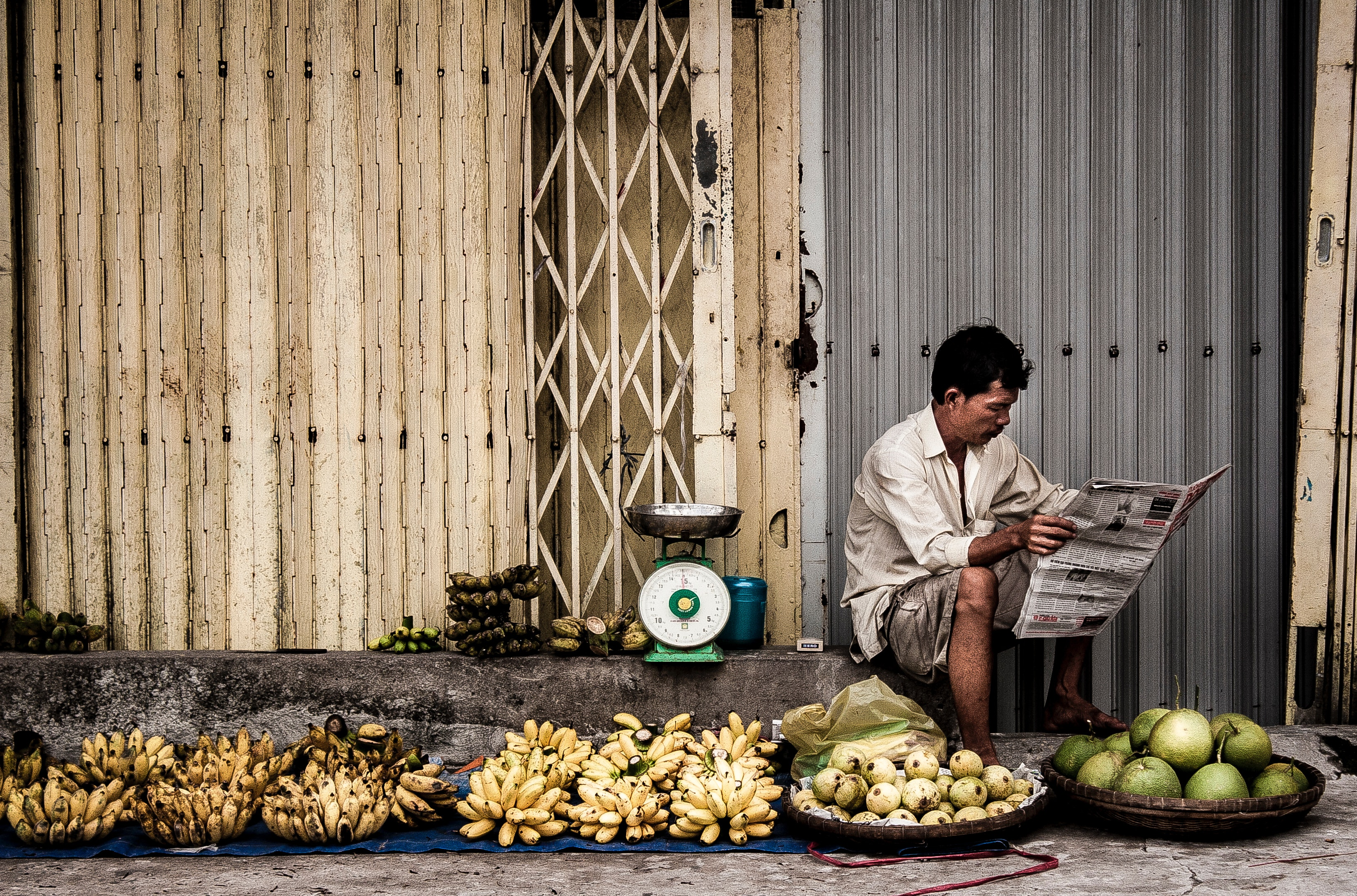 Man Sitting Near Fruits, Adult, Newspaper, Wear, Vietnamese, HQ Photo