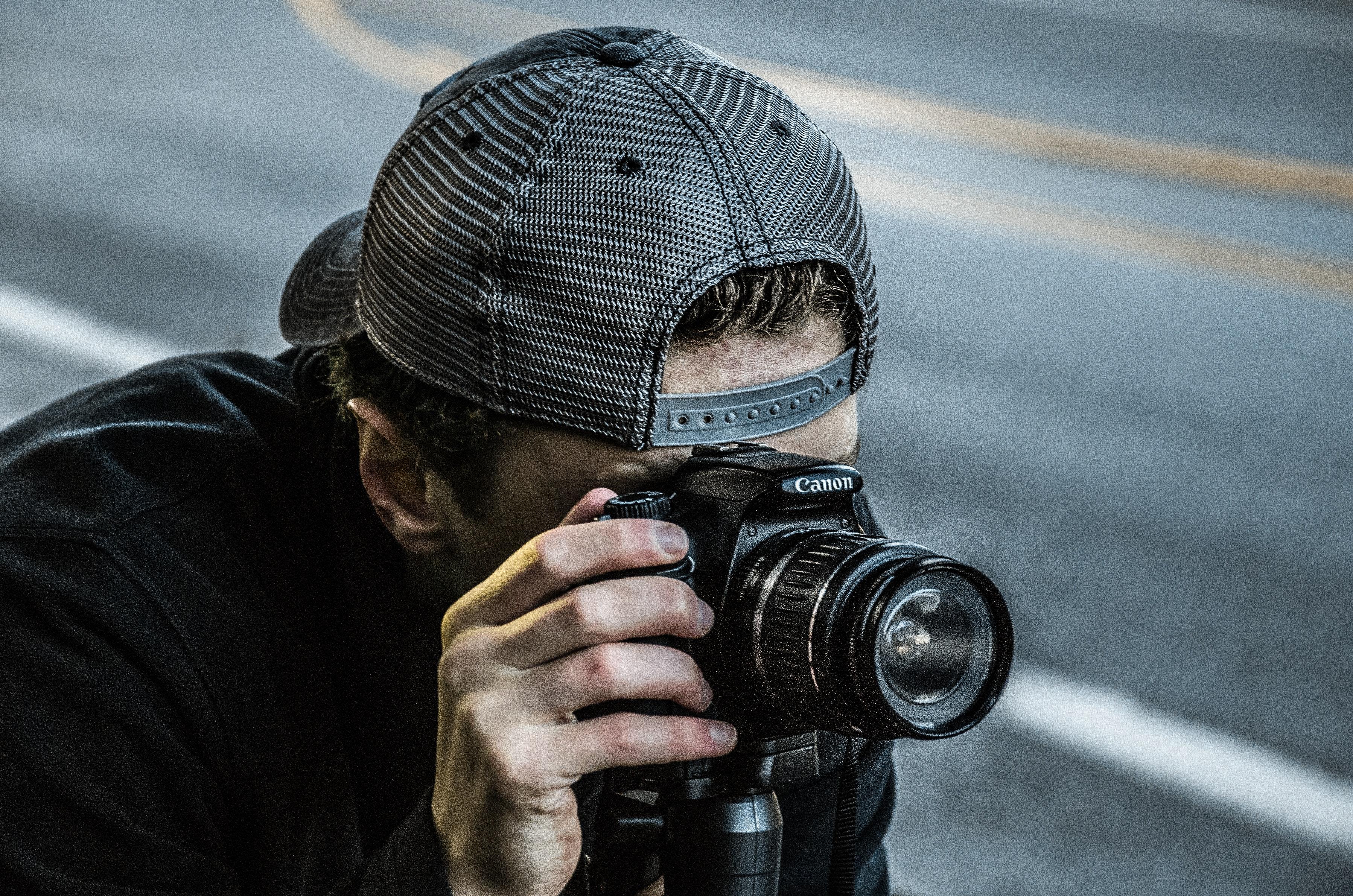 Man Taking Photo Using Black Canon DSLR Camera, Camera, Canon, Dslr, Hand, HQ Photo