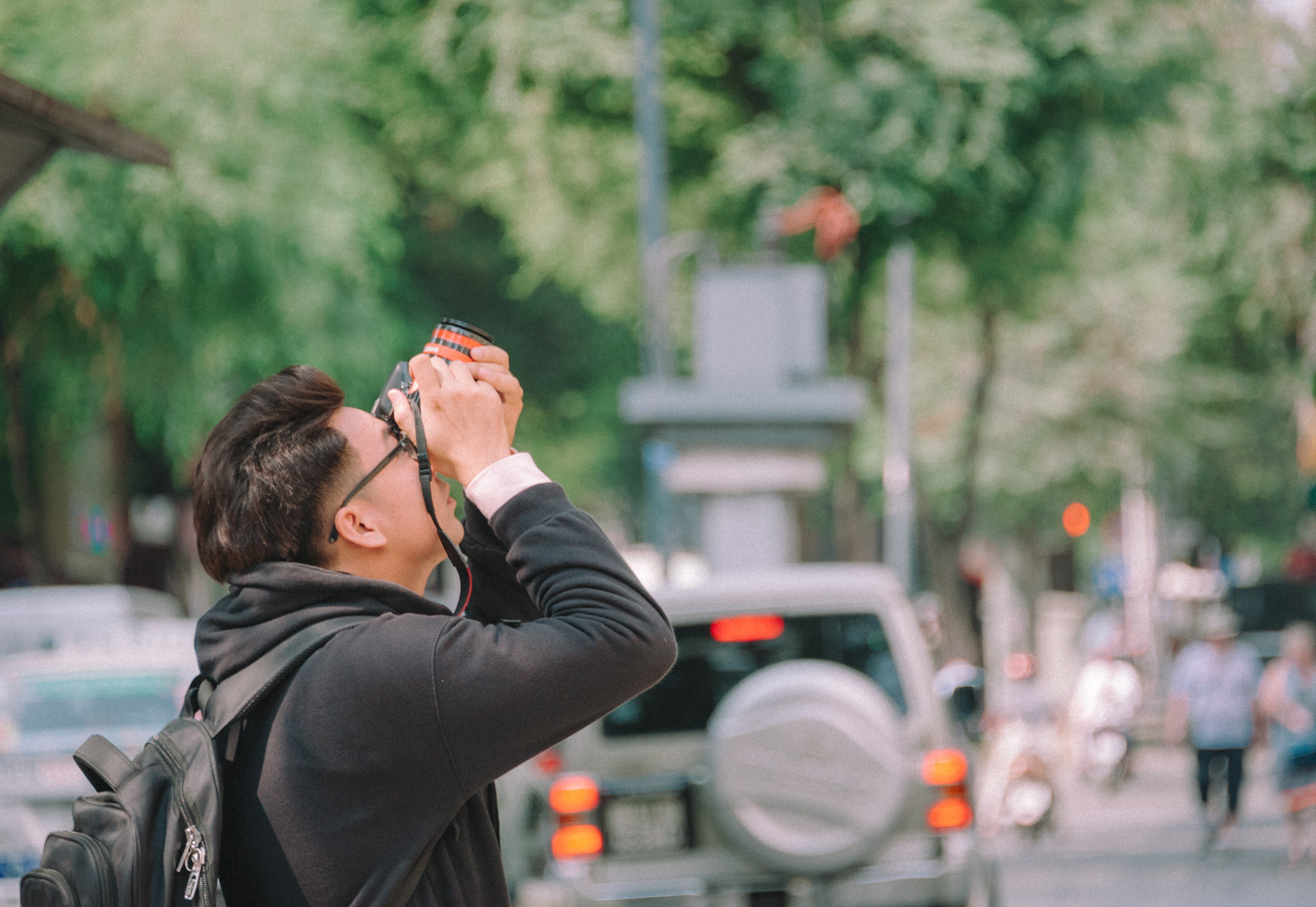 Man taking picture photo