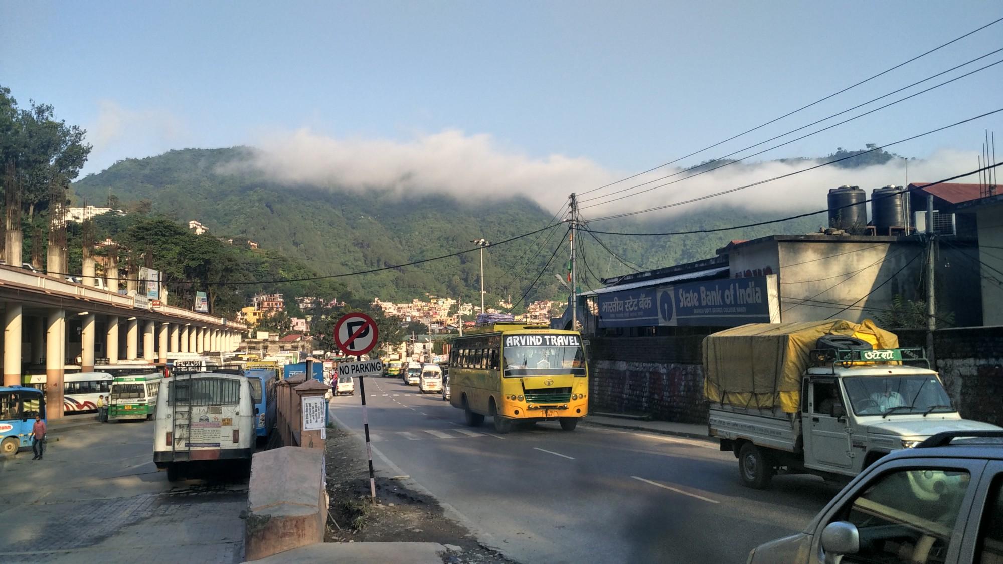 Mandi bus stand photo