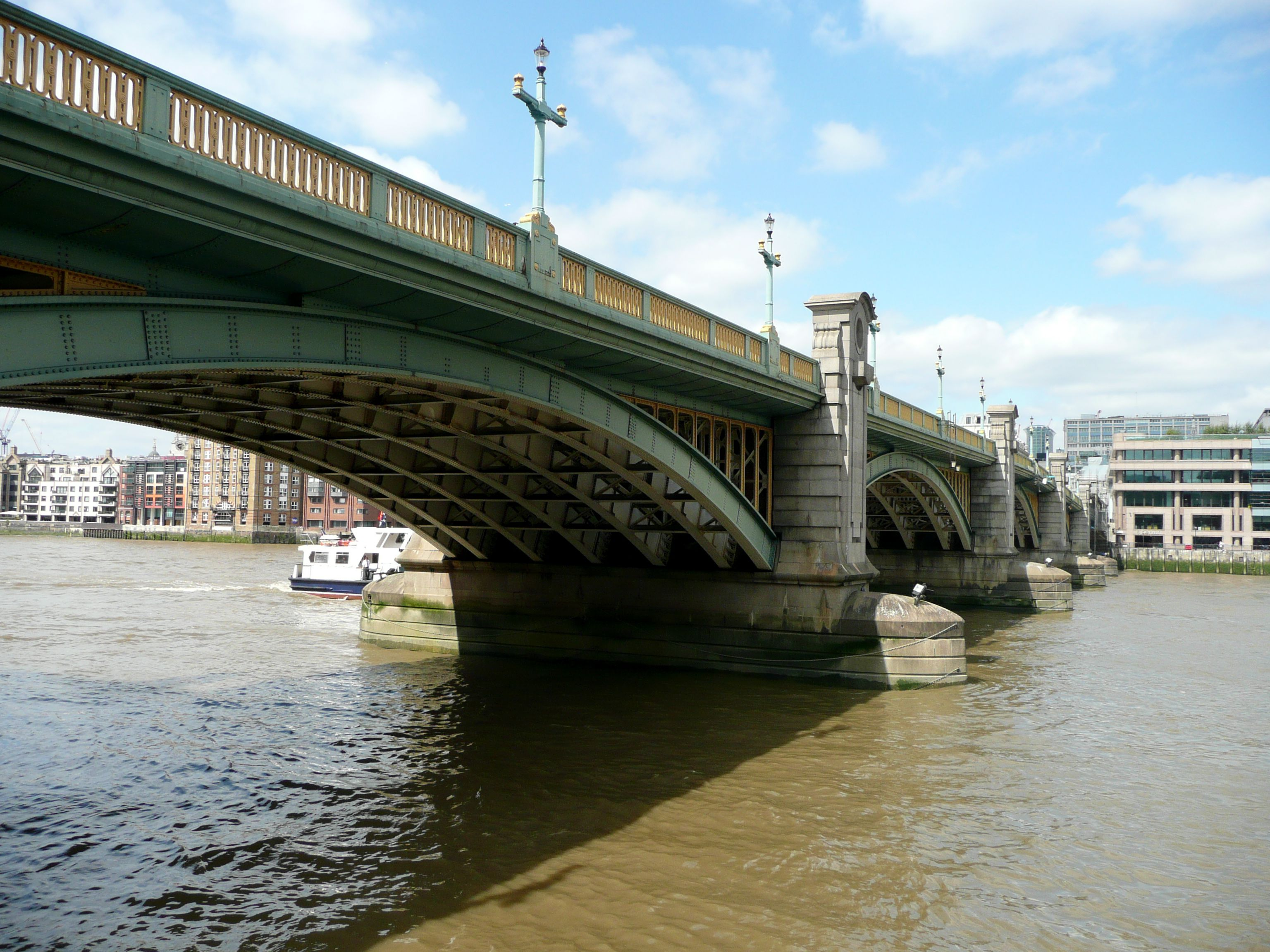 LONDON HAS MANY BRIDGES THAT CROSS THE THAMES - THIS IS SOUTHWARK ...