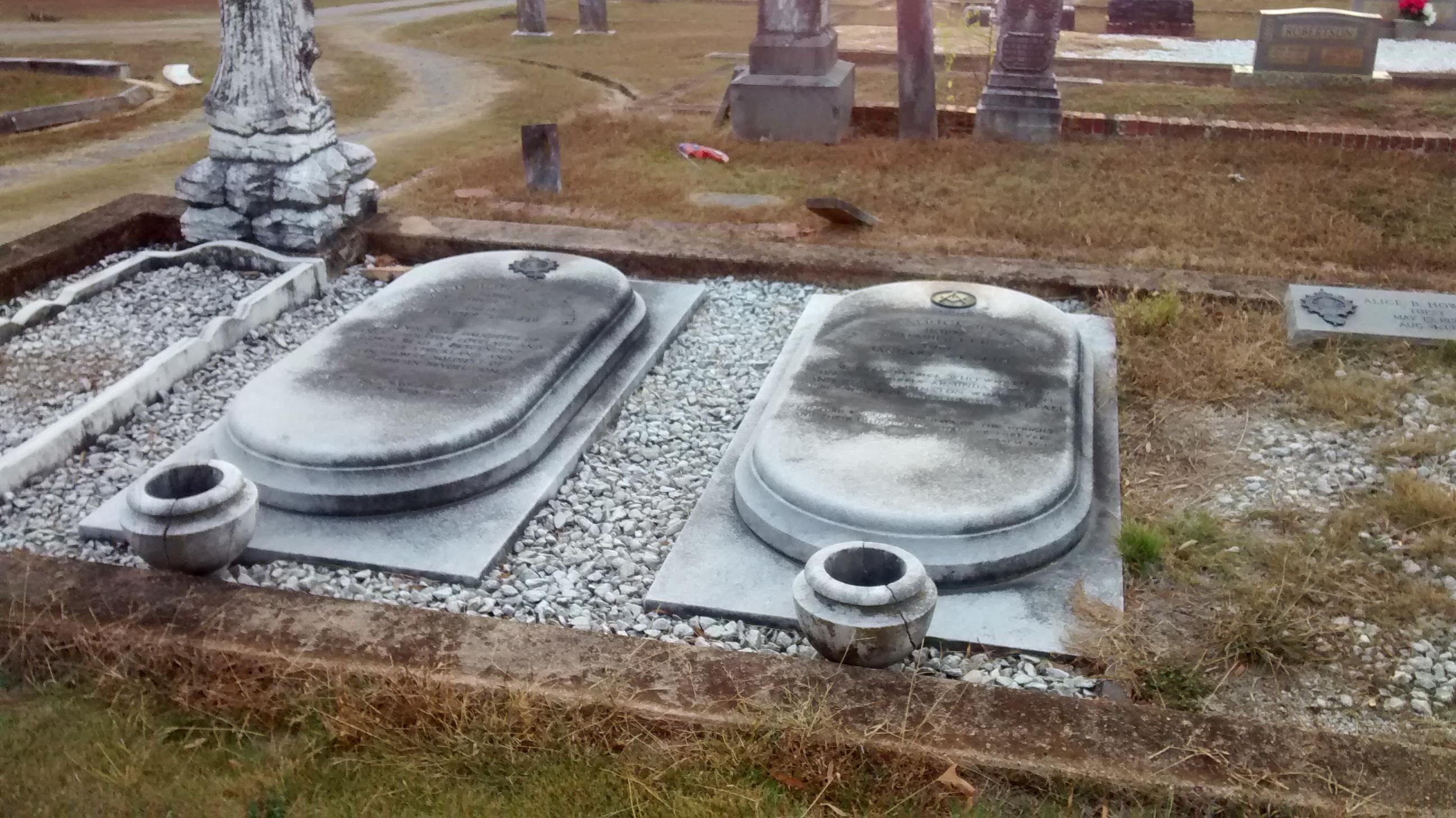 eastview-cemetery-marble-gravestones - The Cemetery Detective™