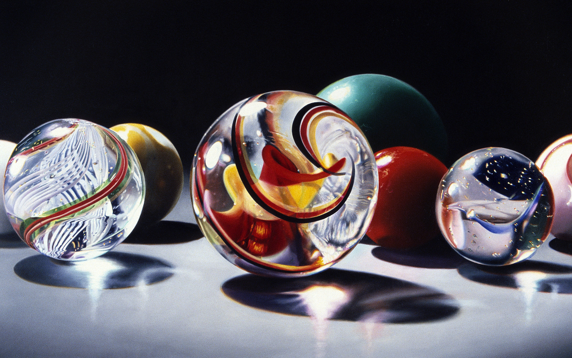 Colorful Marbles HD Engaging Wallpaper High Definition Wallpaper ...