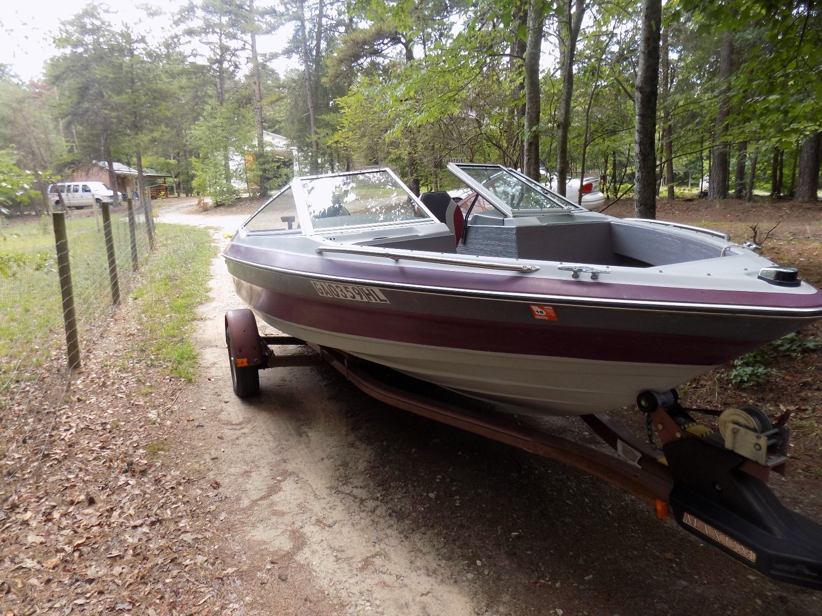 Maxum Ski Boat 1989 for sale for $500 - Boats-from-USA.com