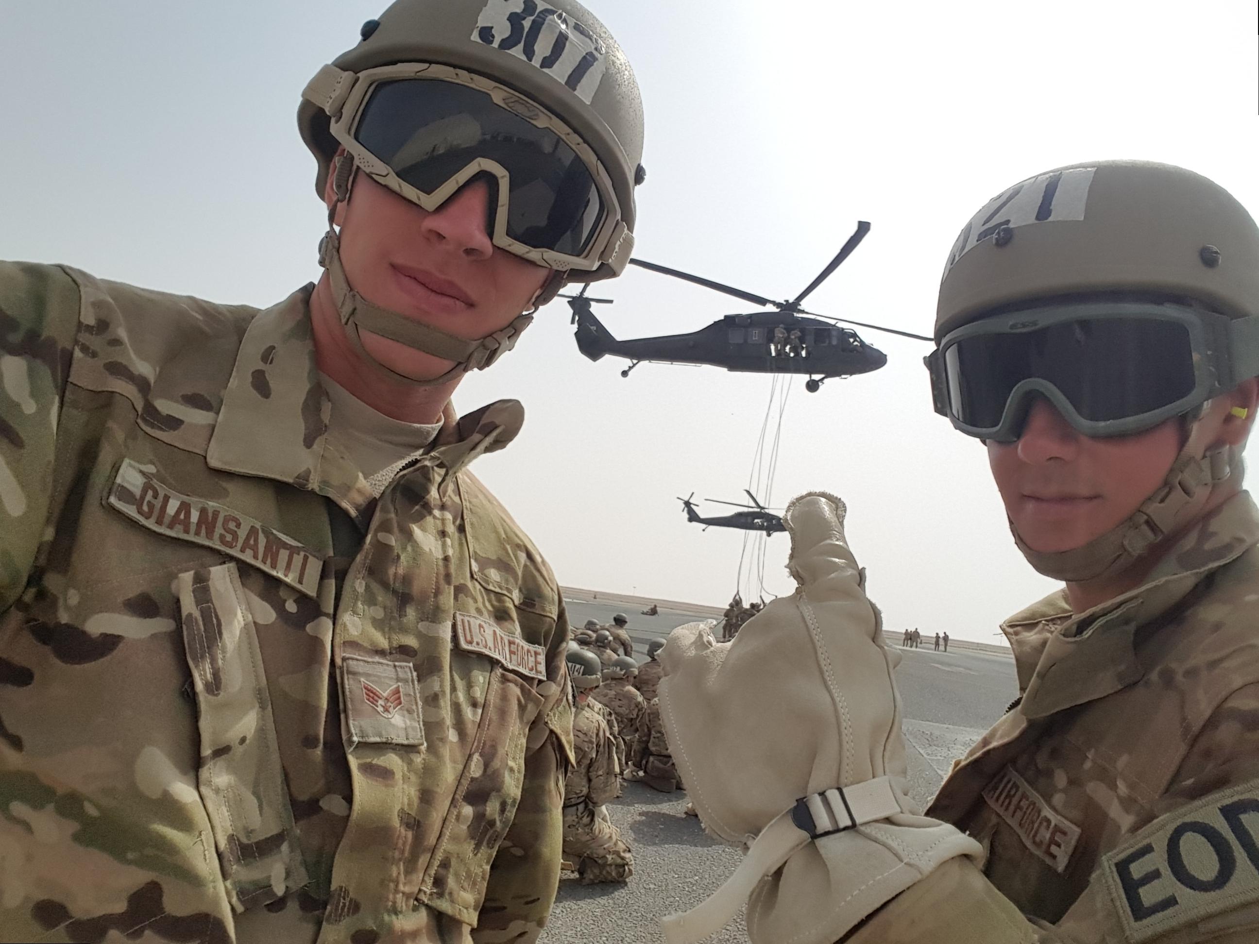 EOD Airmen first to graduate Army air assault school > U.S. Air ...