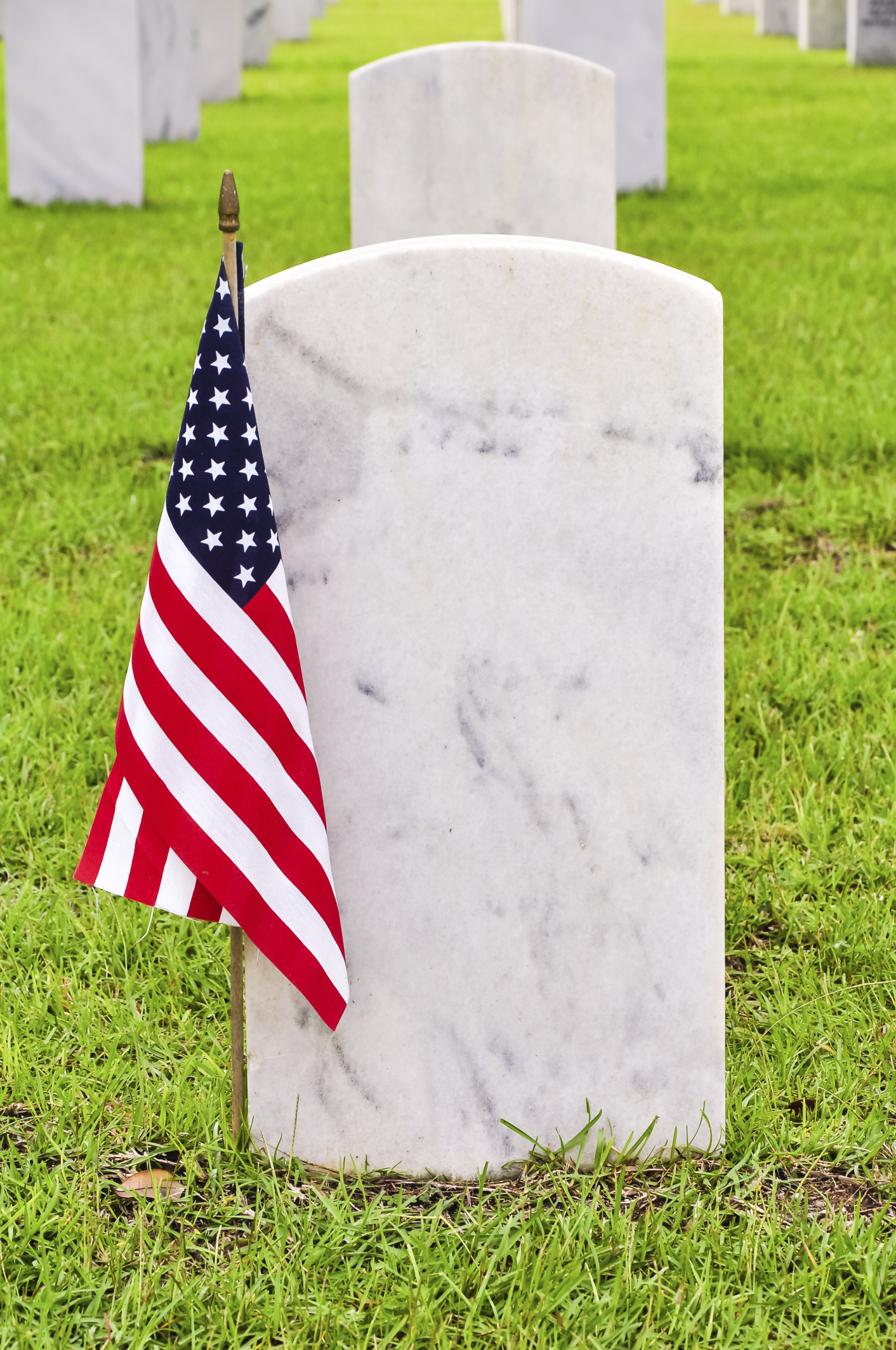 Over 62,000 Flags To Be Placed on Graves Saturday at National ...