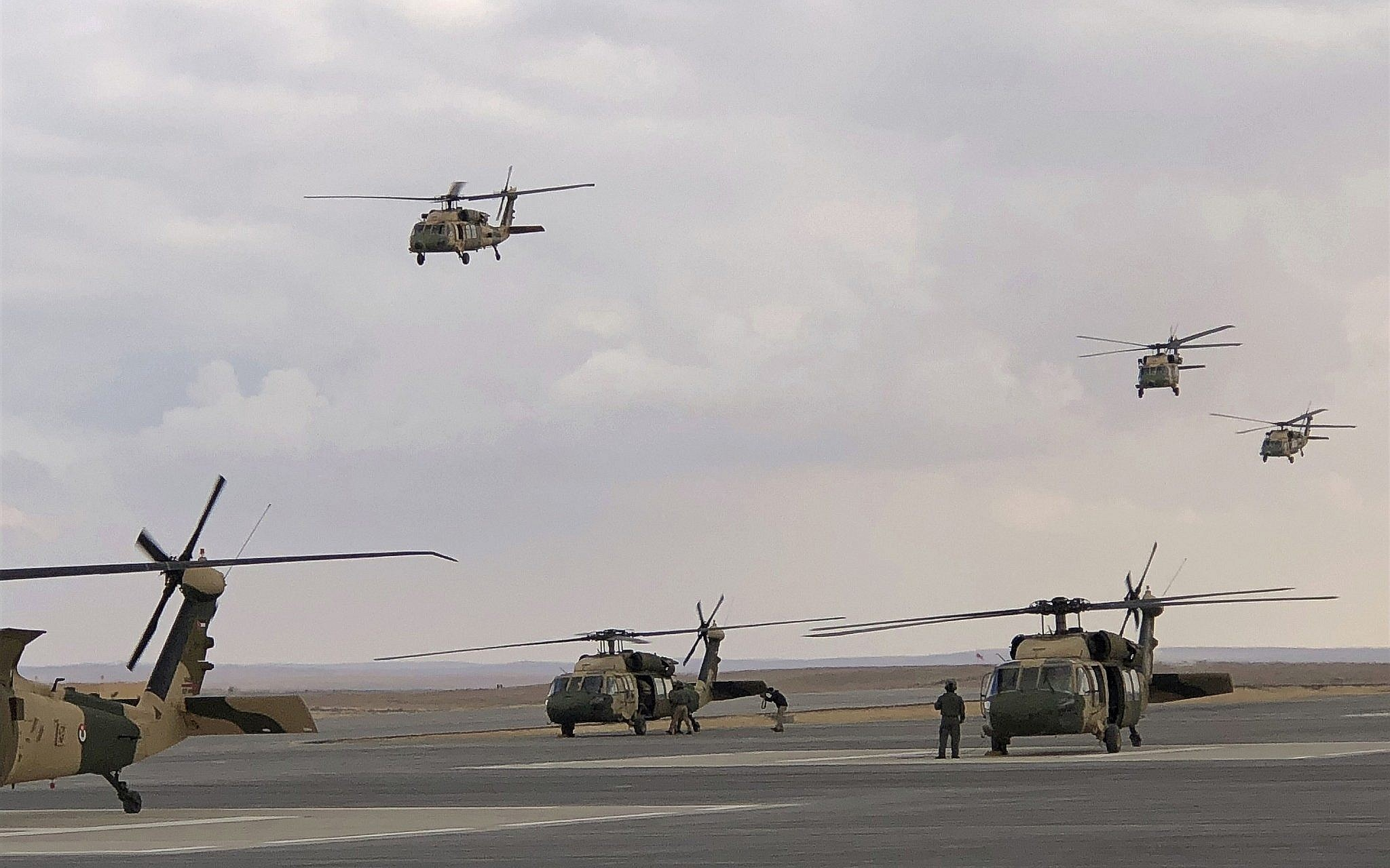 Jordan gets more US Blackhawks to bolster defenses | The Times of Israel