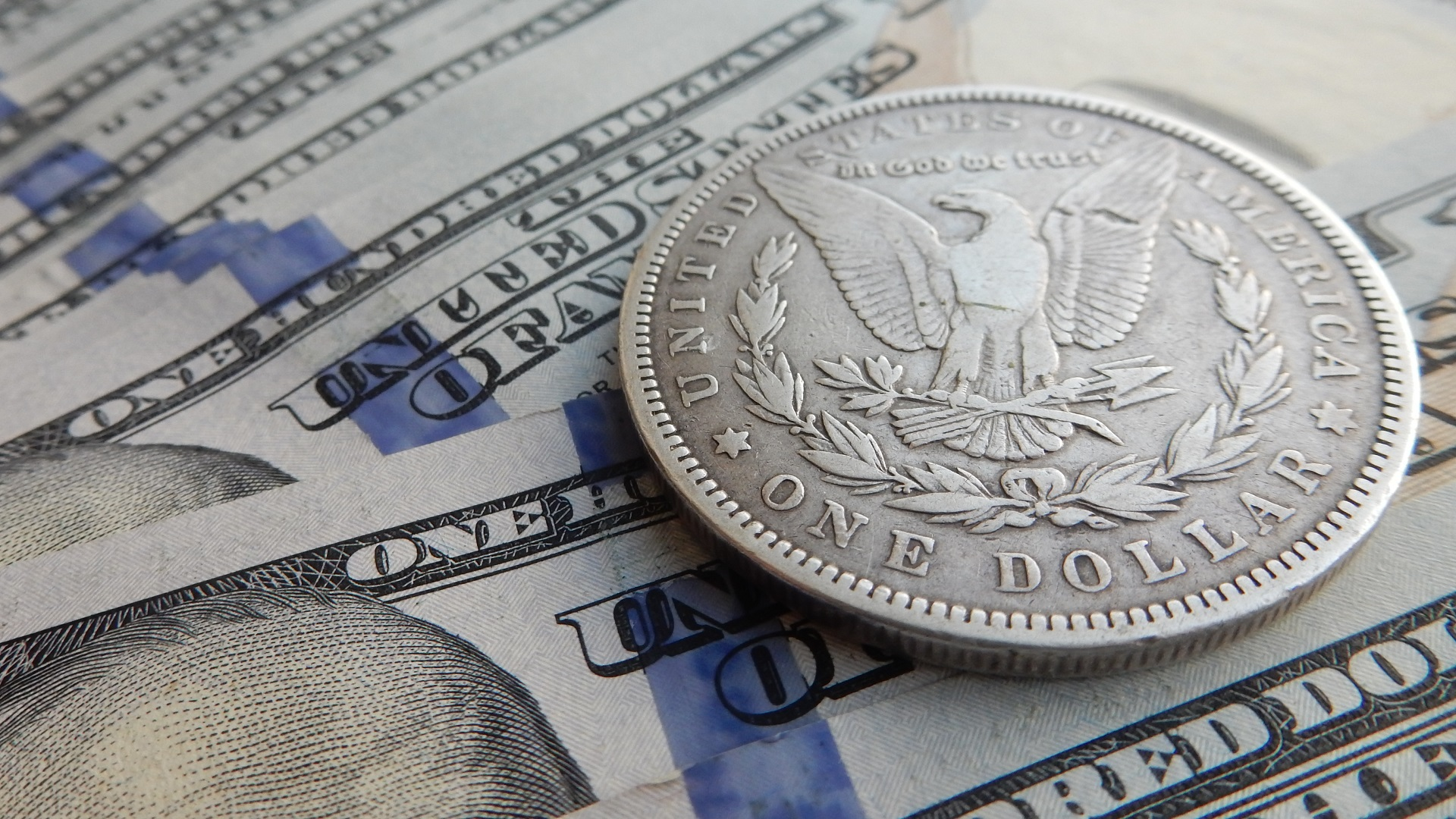 1 us dollar in the picture high quality HD – Photos of money