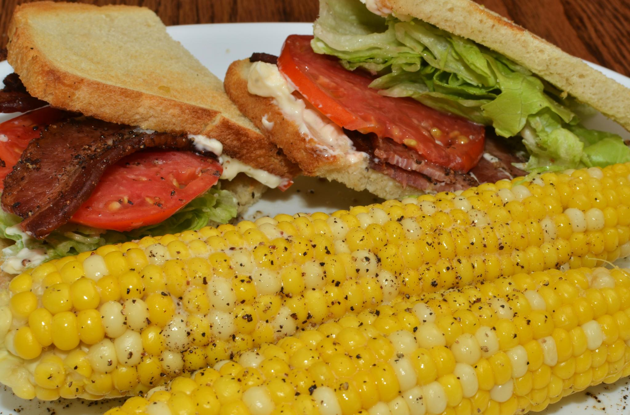 File:Mmm... buttered sweet corn and a BLT for lunch (7670120520).jpg ...