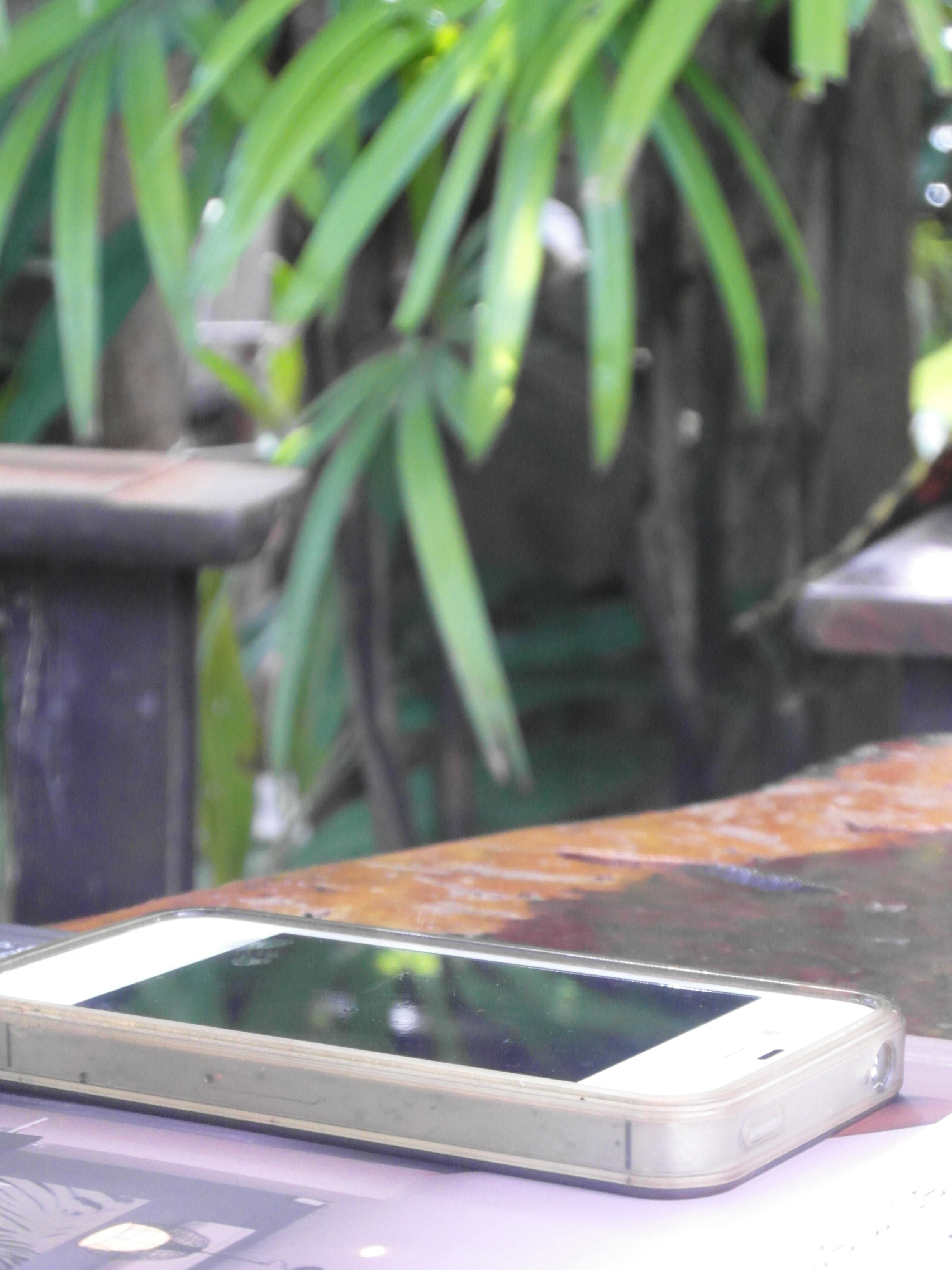 Mobile Phone (Cellphone) Outside, Cellphone, Telephone, Technology, Table, HQ Photo