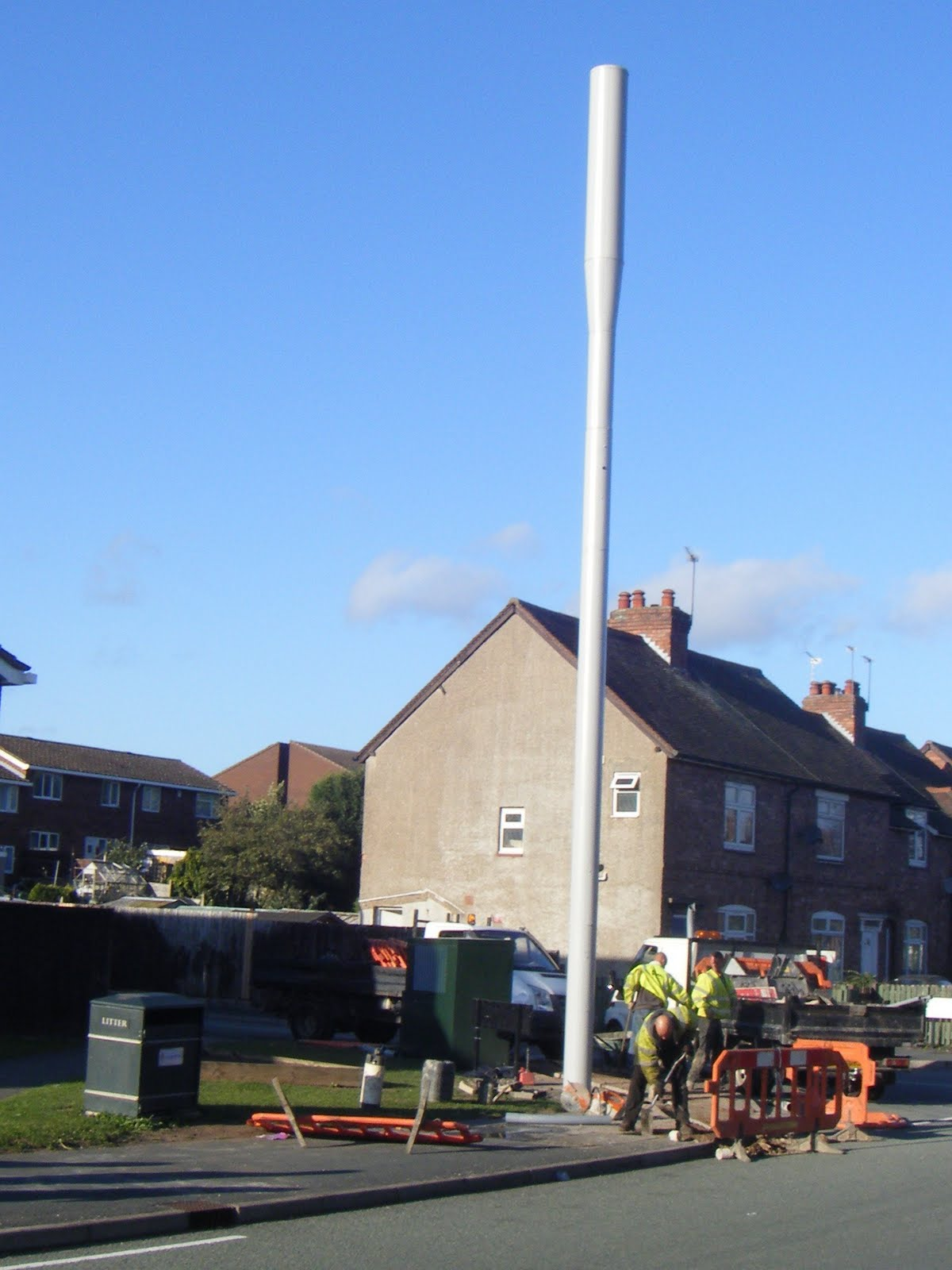 Mobile Mast in Weybridge Town Centre - Elmbridge Liberal ...