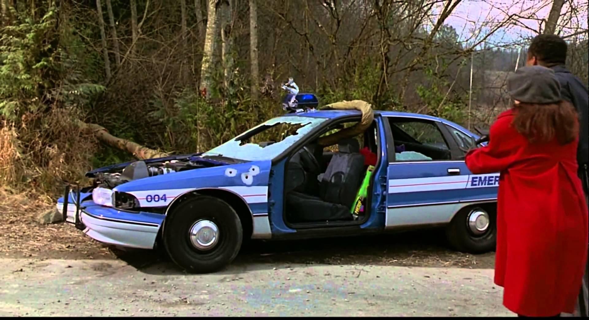 Jumanji Police Scene - YouTube