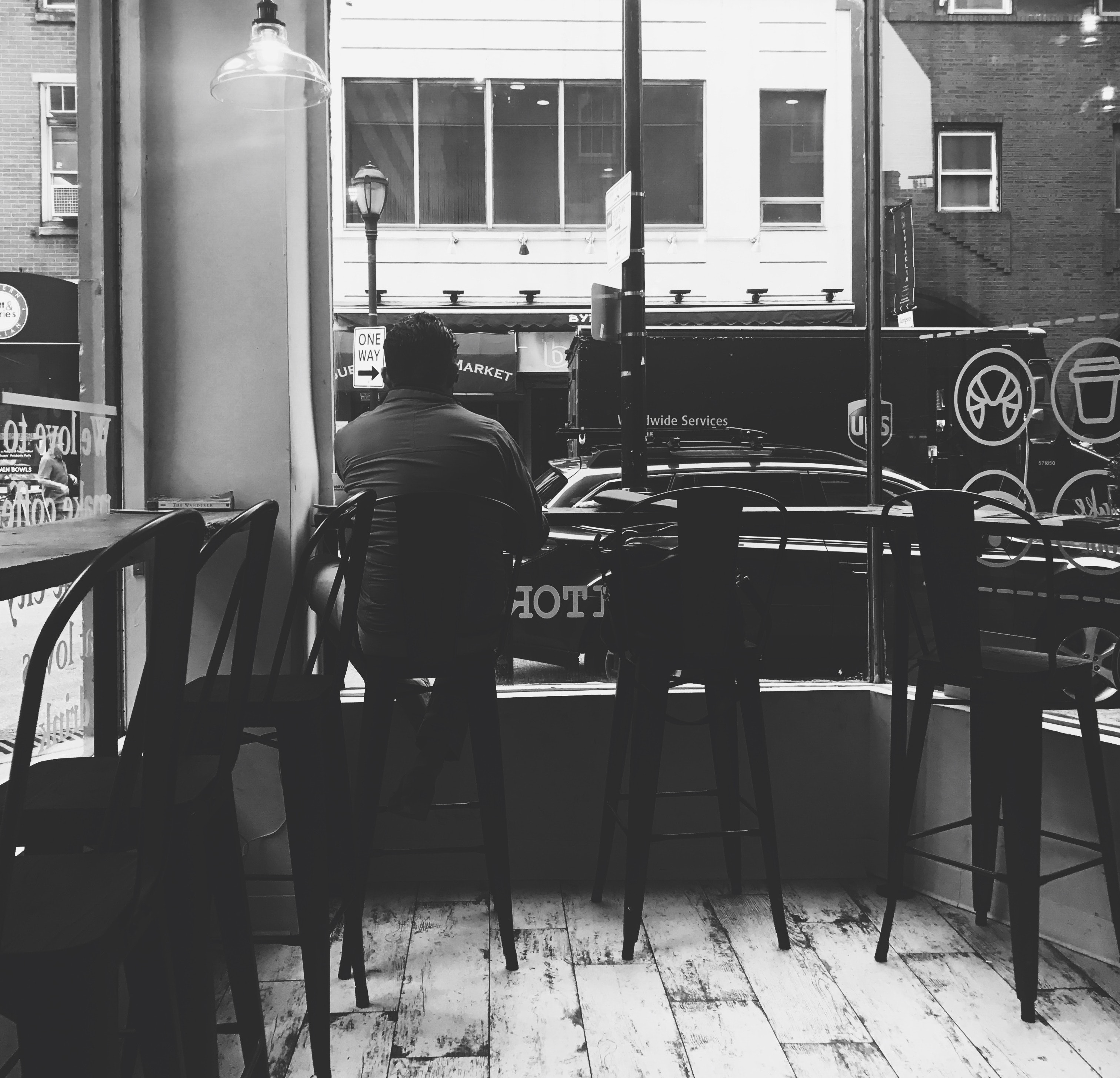 Monochrome Photography of a Man Sitting on the Chair, Adult, Bar, Bar images, Black-and-white, HQ Photo