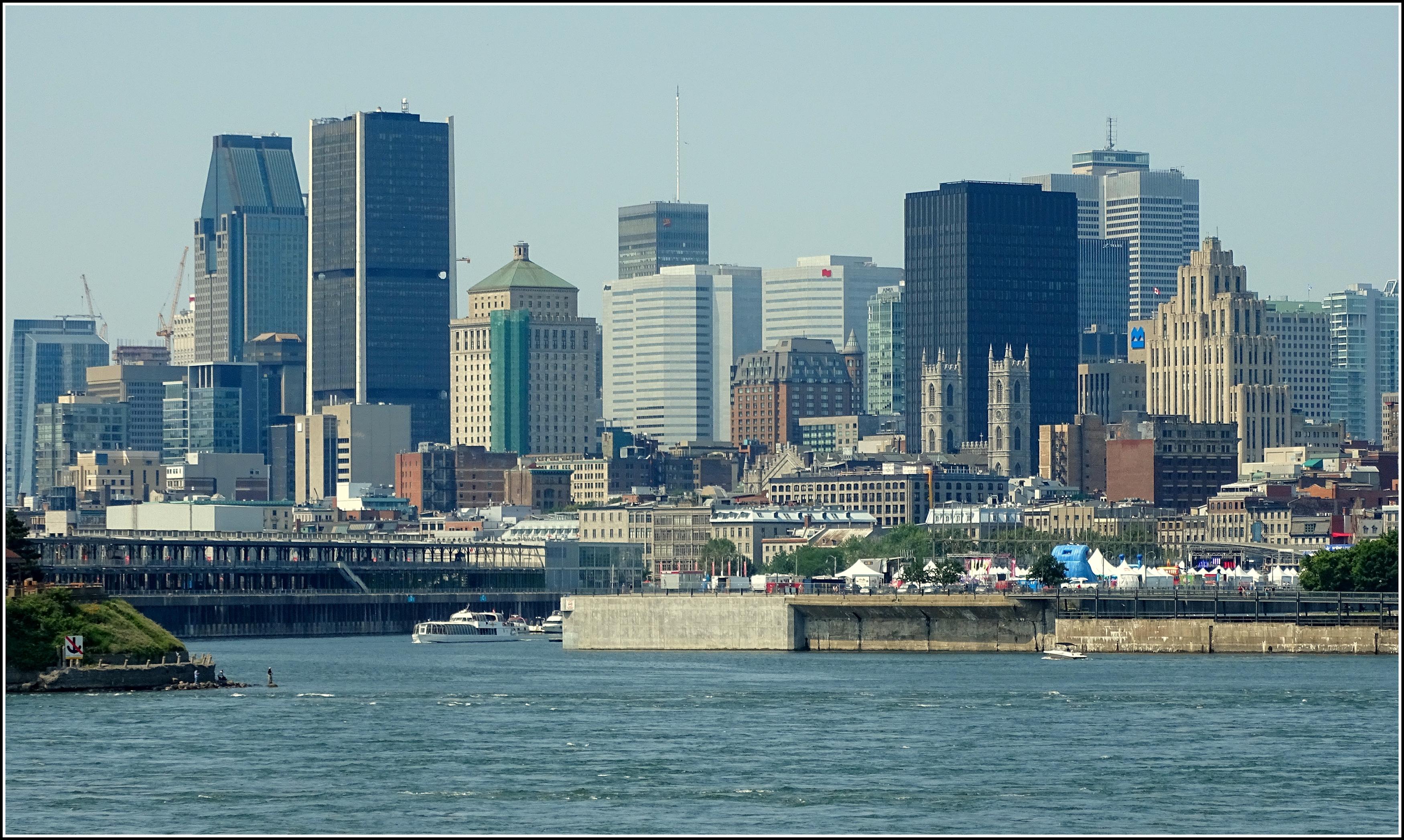Skyline #7: Montréal, a photo from Quebec, Central | TrekEarth
