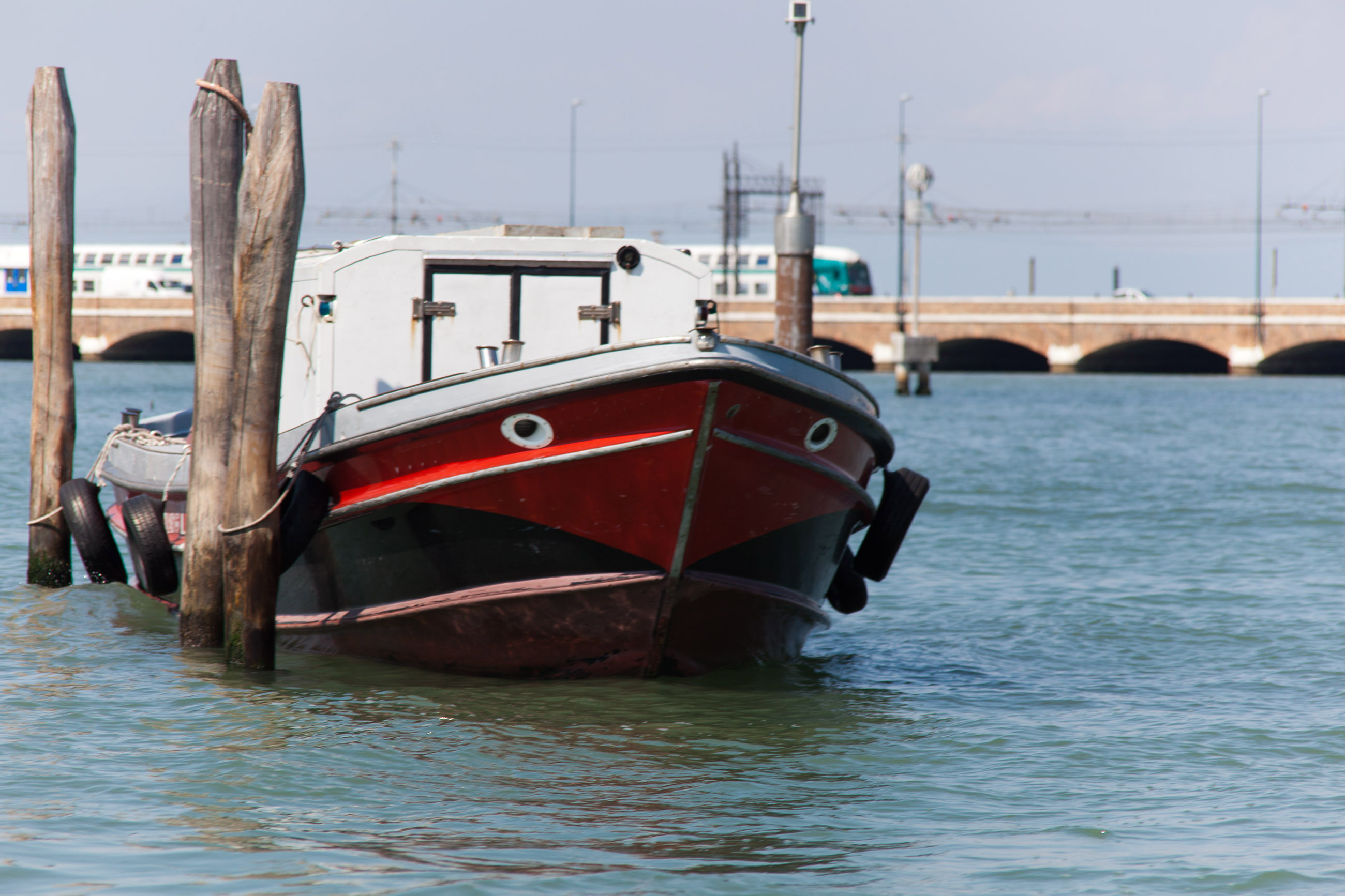 Moored boat with train in background, Ancient, Train, Italy, Landmark, HQ Photo