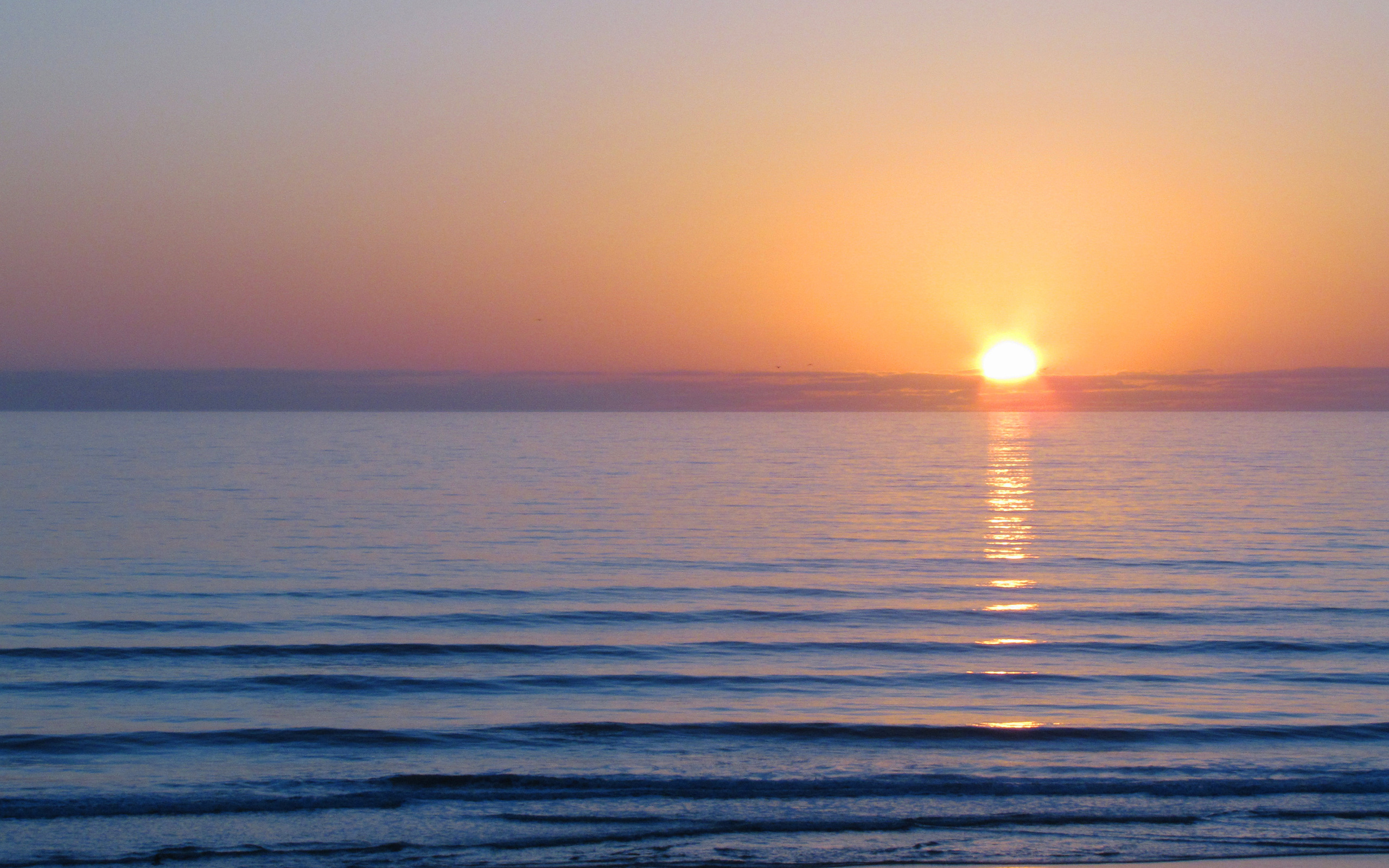 2560x1600 The Sun, Morning, Sea, Color, Wave, Dawn, Water, Surface ...