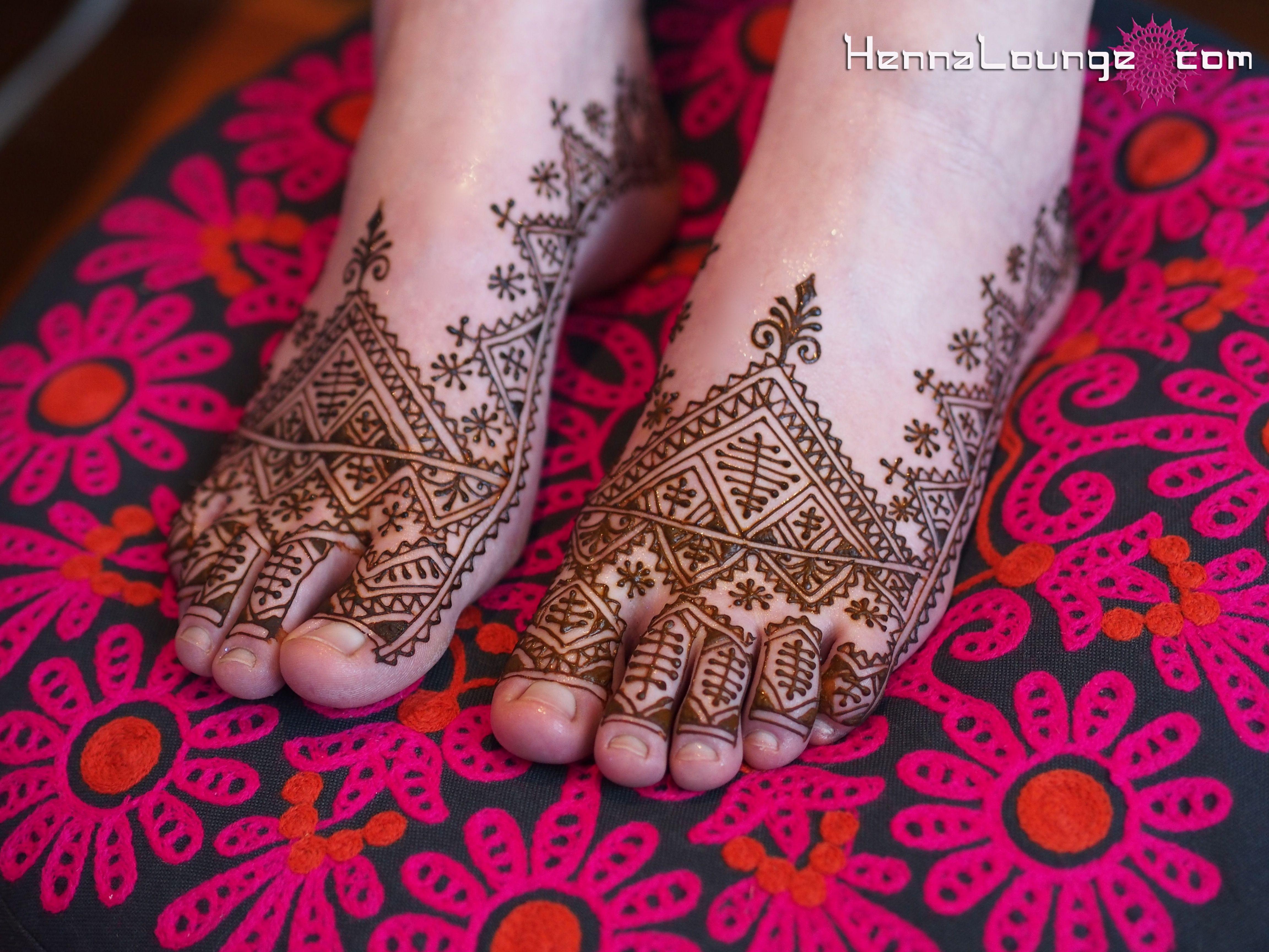 Moroccan henna photo