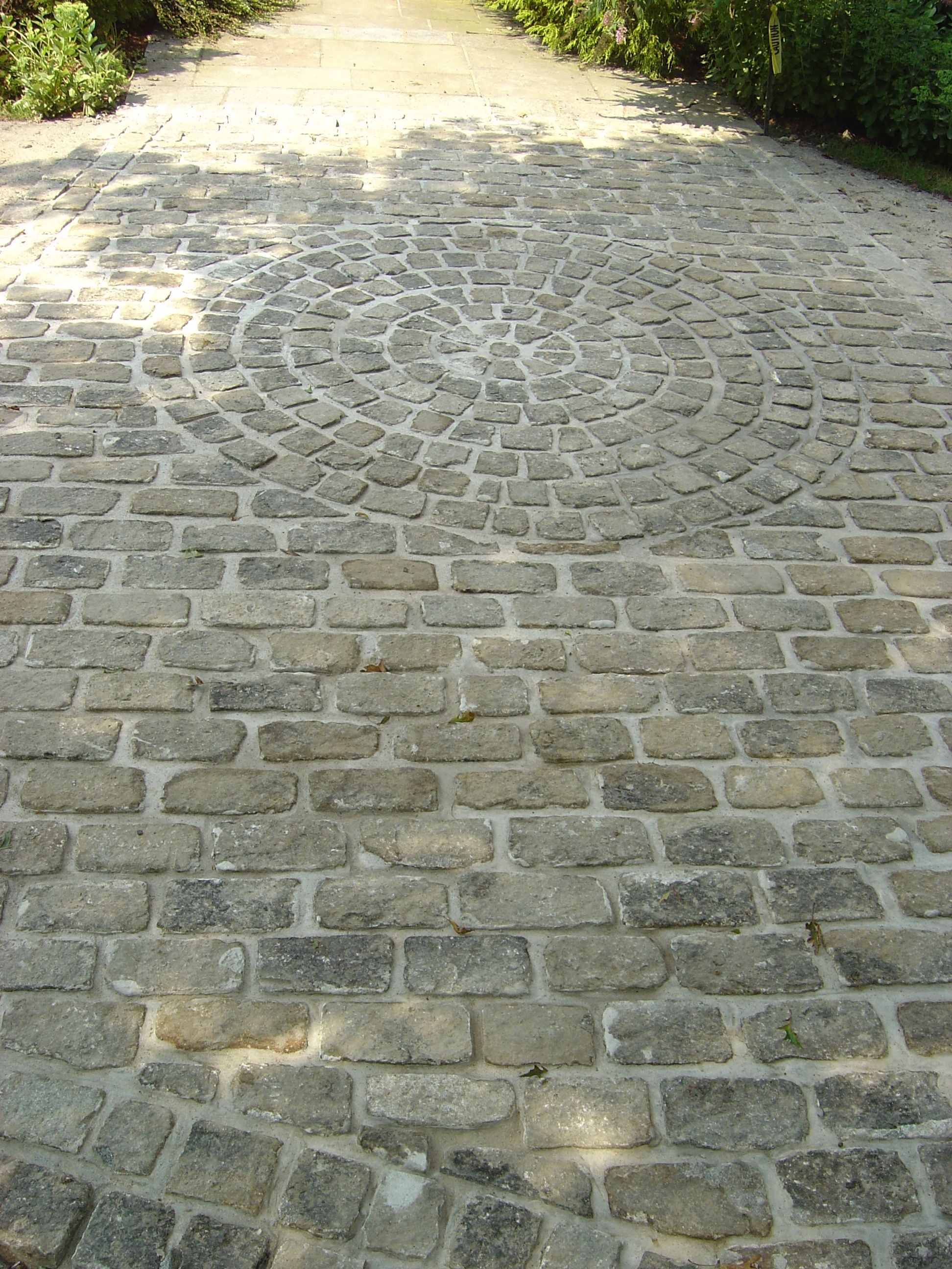 Cobblestone walkway with circle design. | Dream Home | Pinterest ...