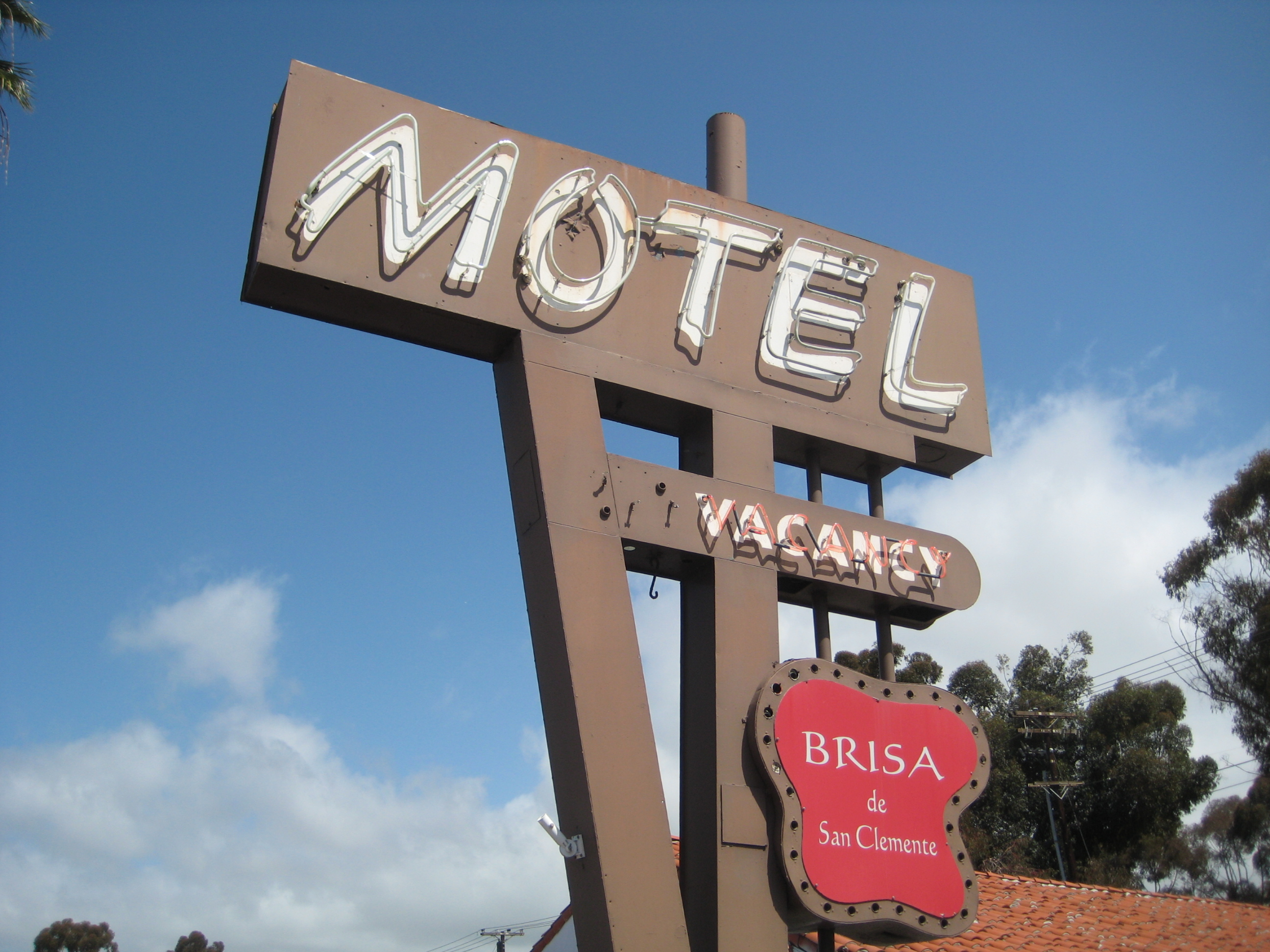 Old Motel sign   photo page - everystockphoto