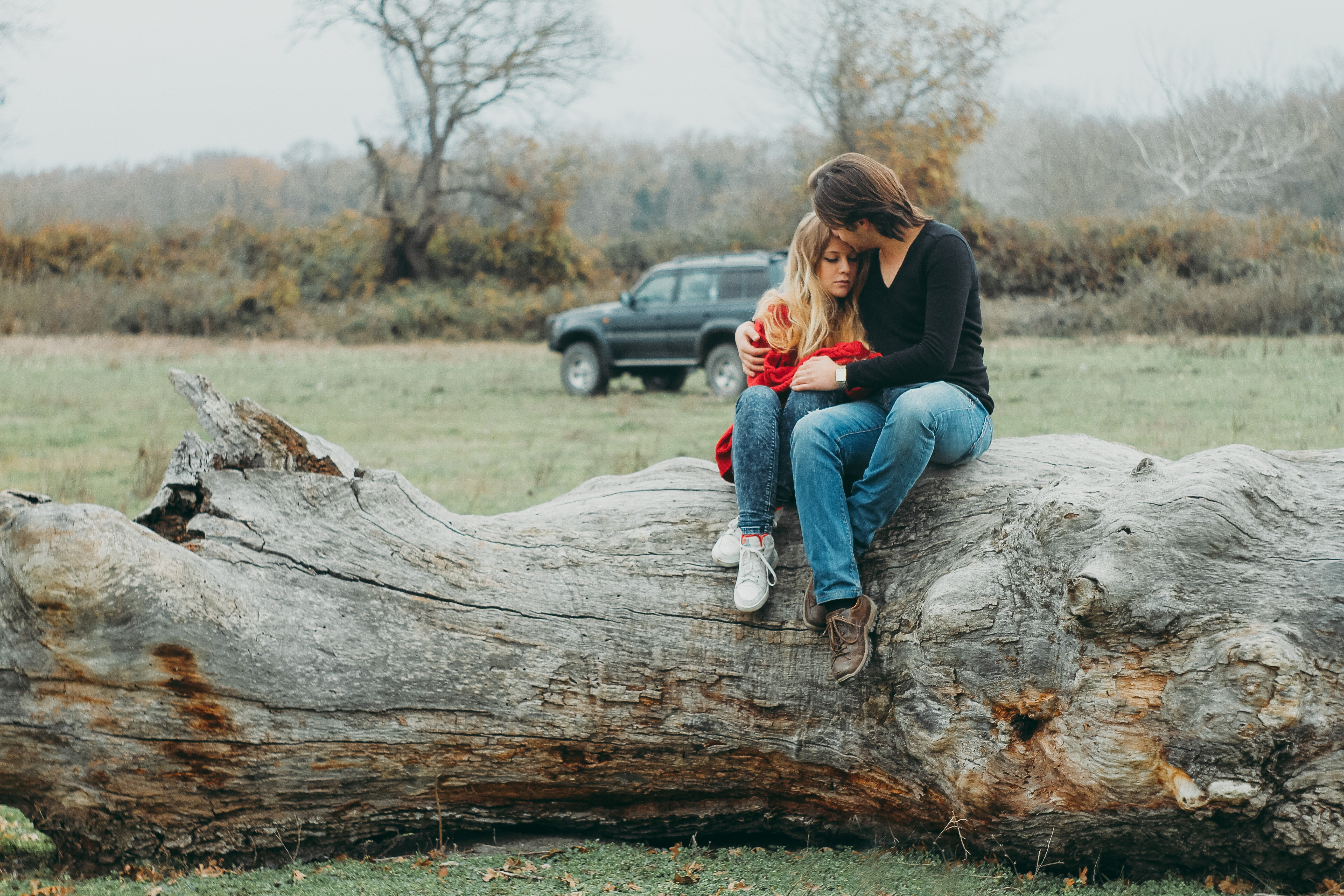 Mother and Daughter Sitting on Tree Log, Blonde, Man, Woods, Woman, HQ Photo