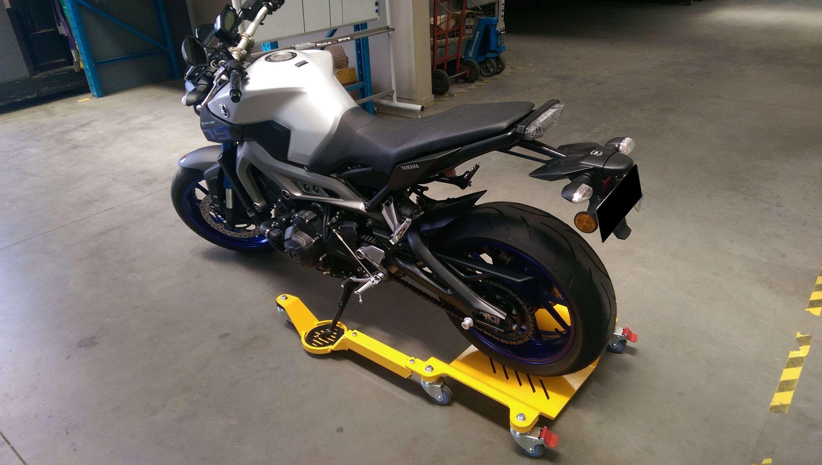 GMT Motorcycle Roller Stand - YouTube