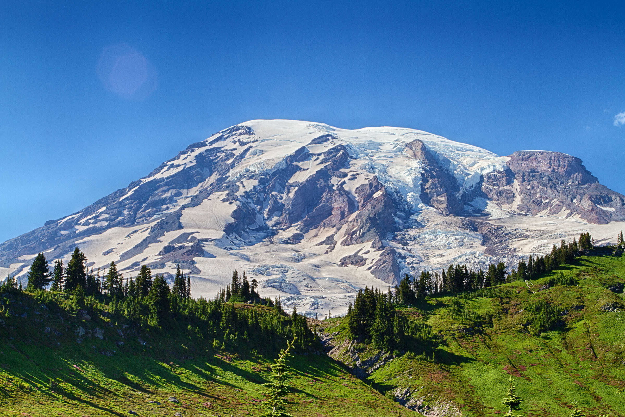 Mount rainer, washington photo