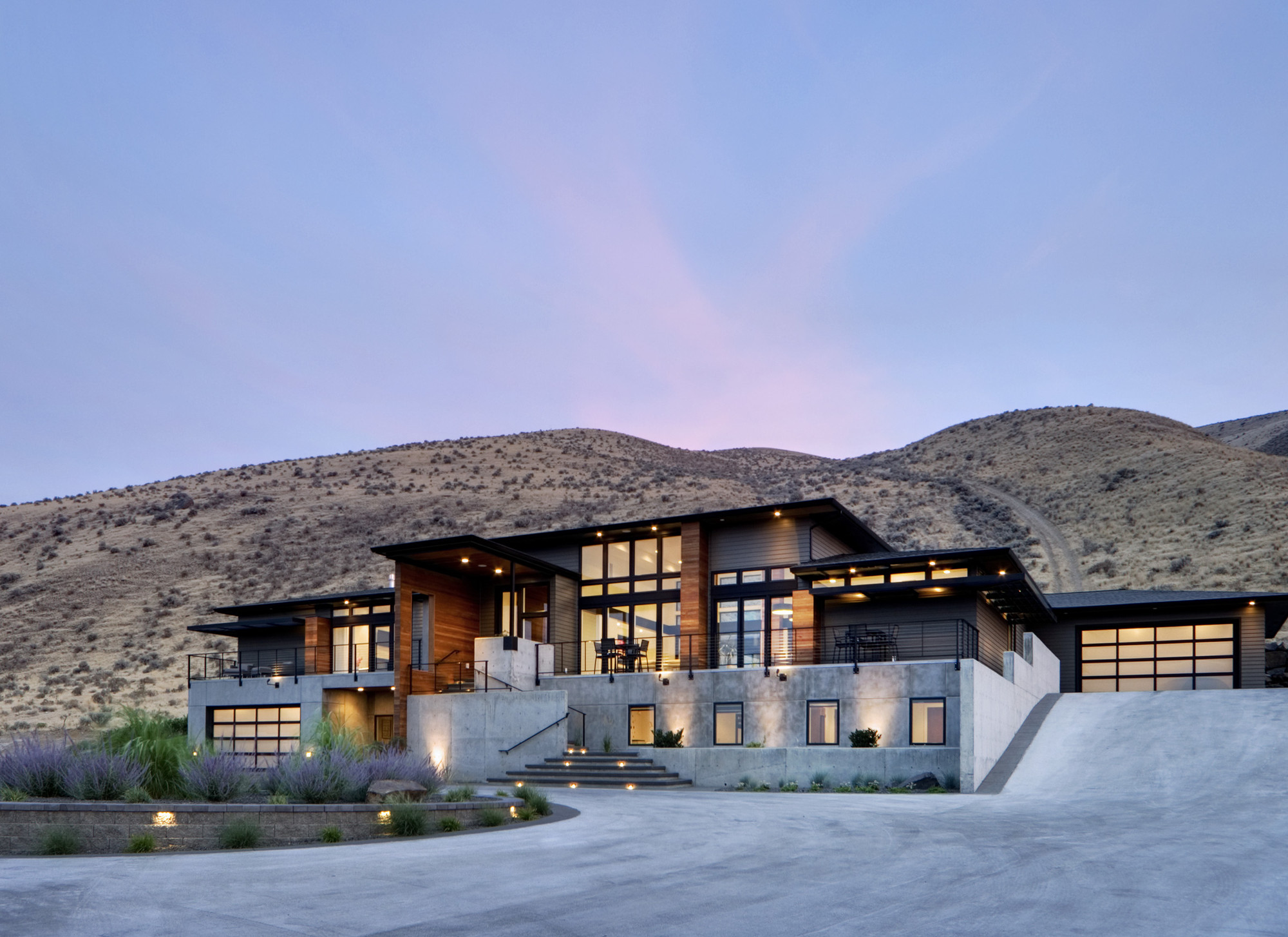 Gallery of Badger Mountain House / First Lamp Architecture and ...