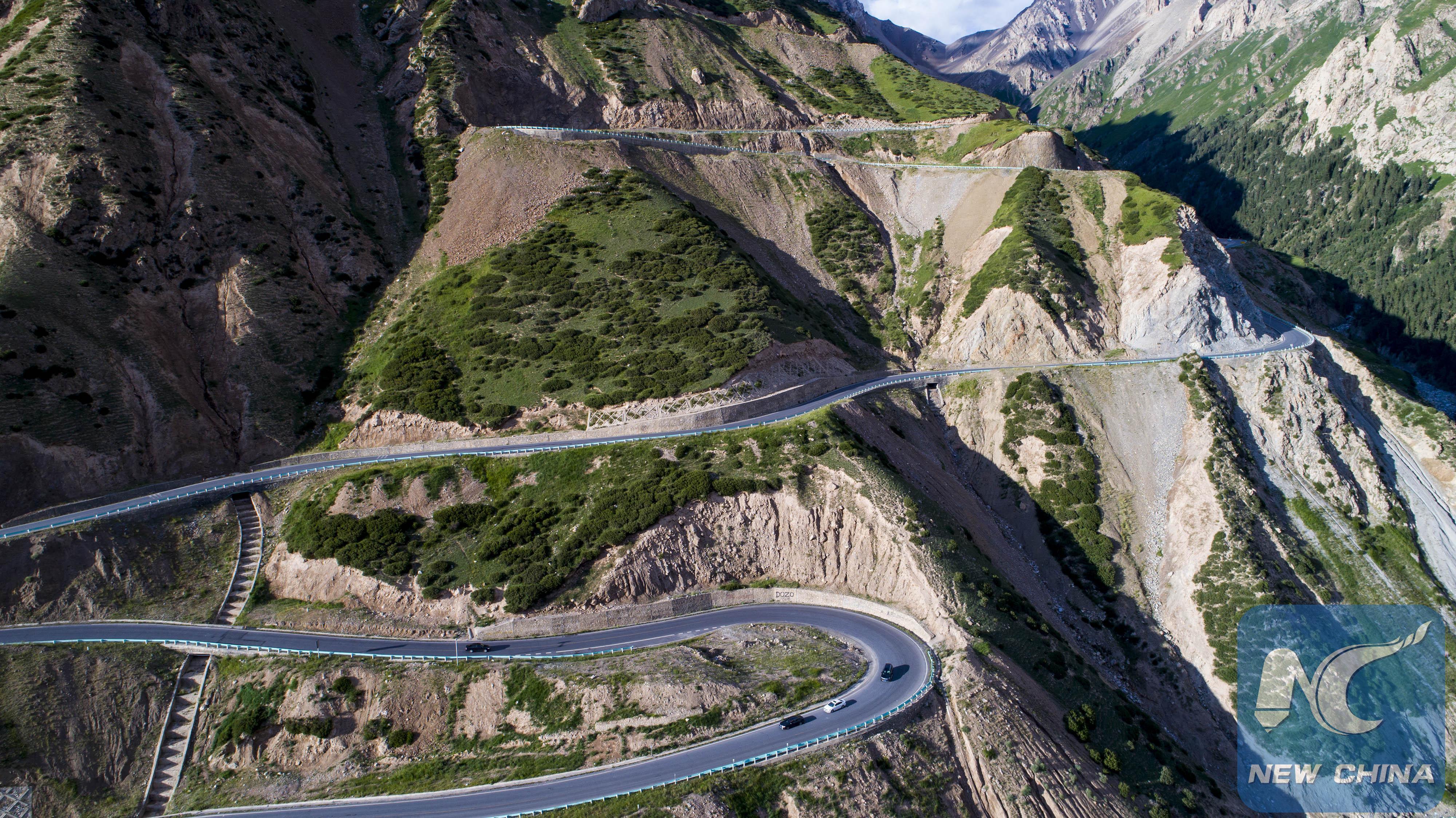free photo mountain road road sky street free download jooinn